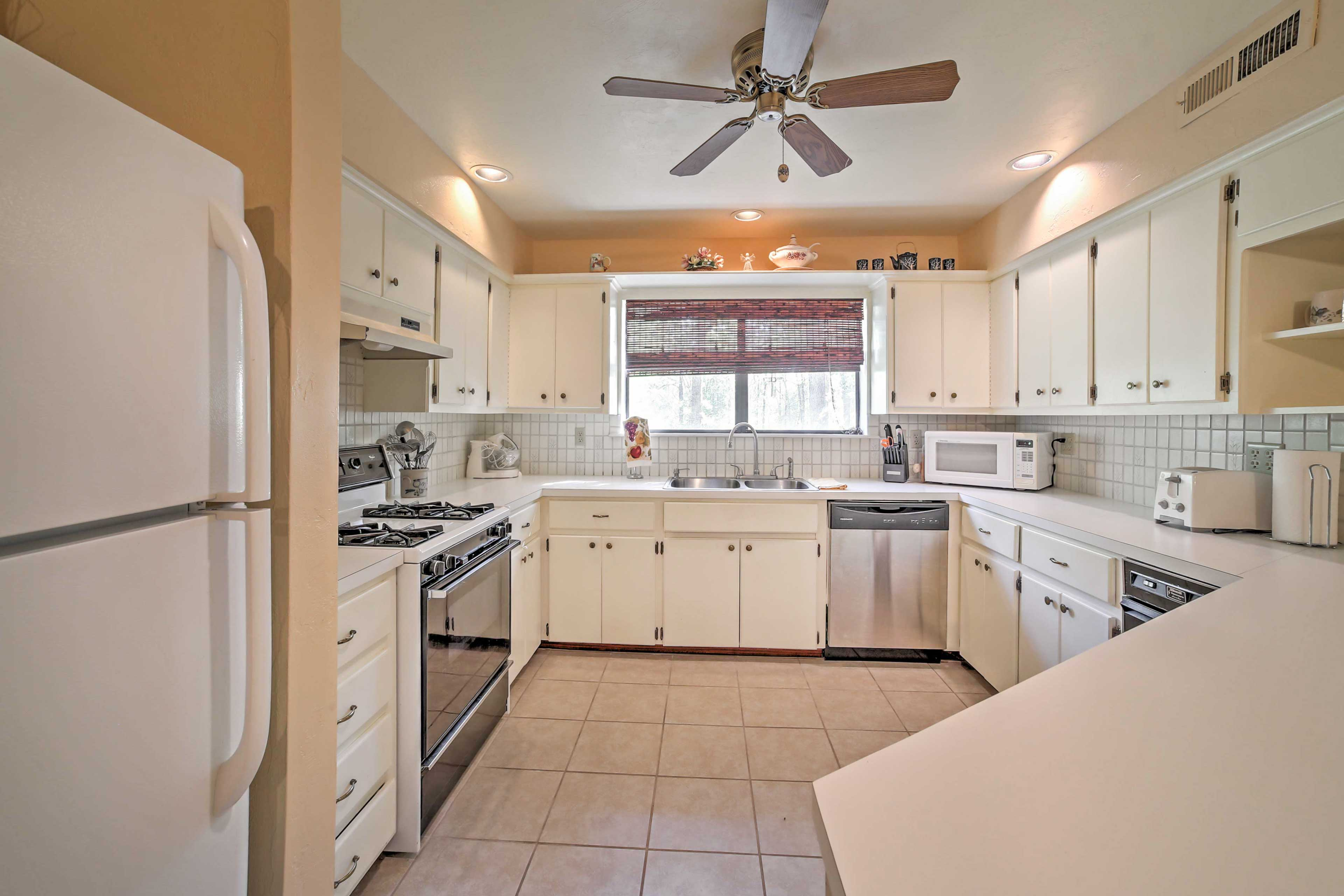 The kitchen features all up-to-date appliances.