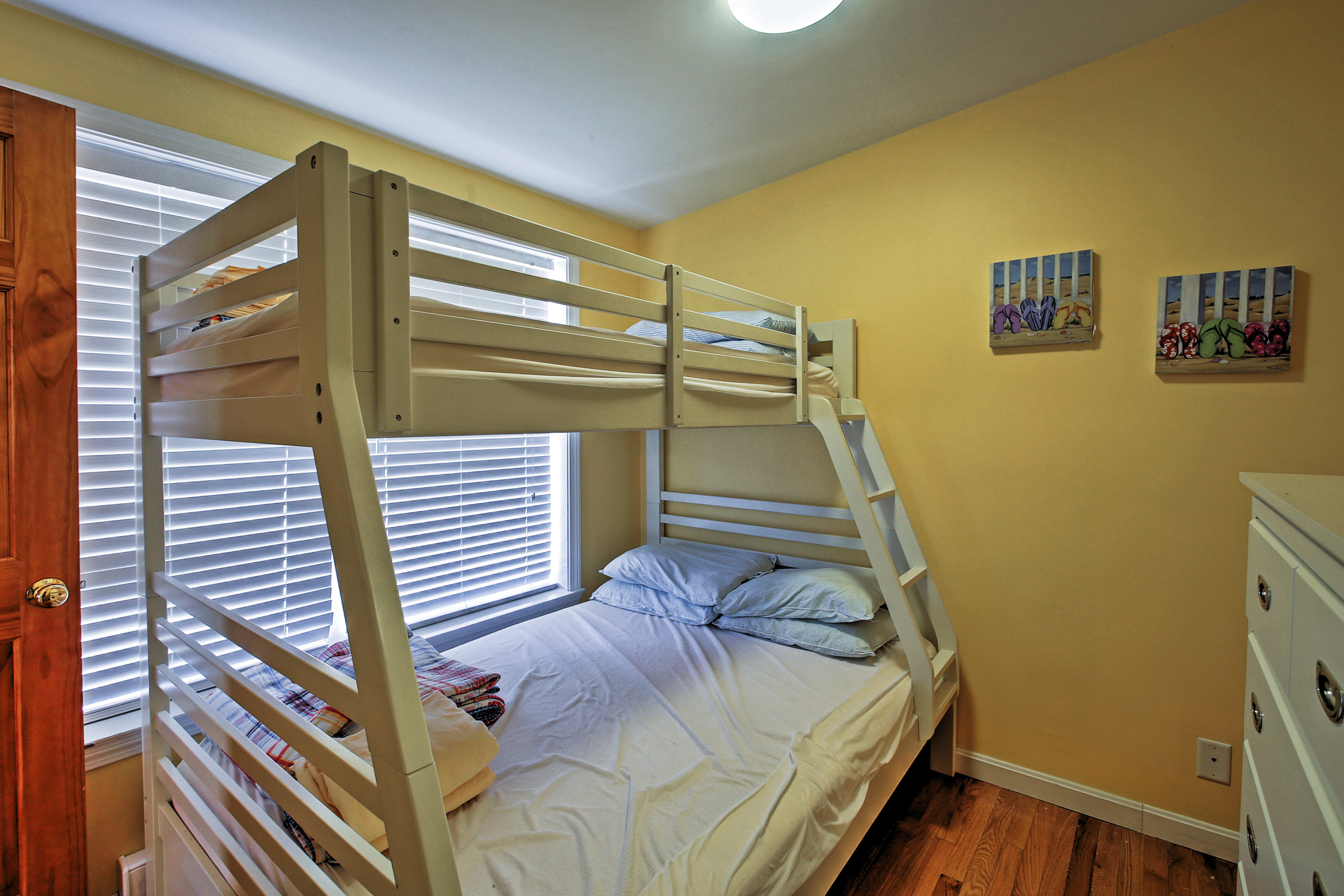 The kids will love this twin-over-full bunk bed!
