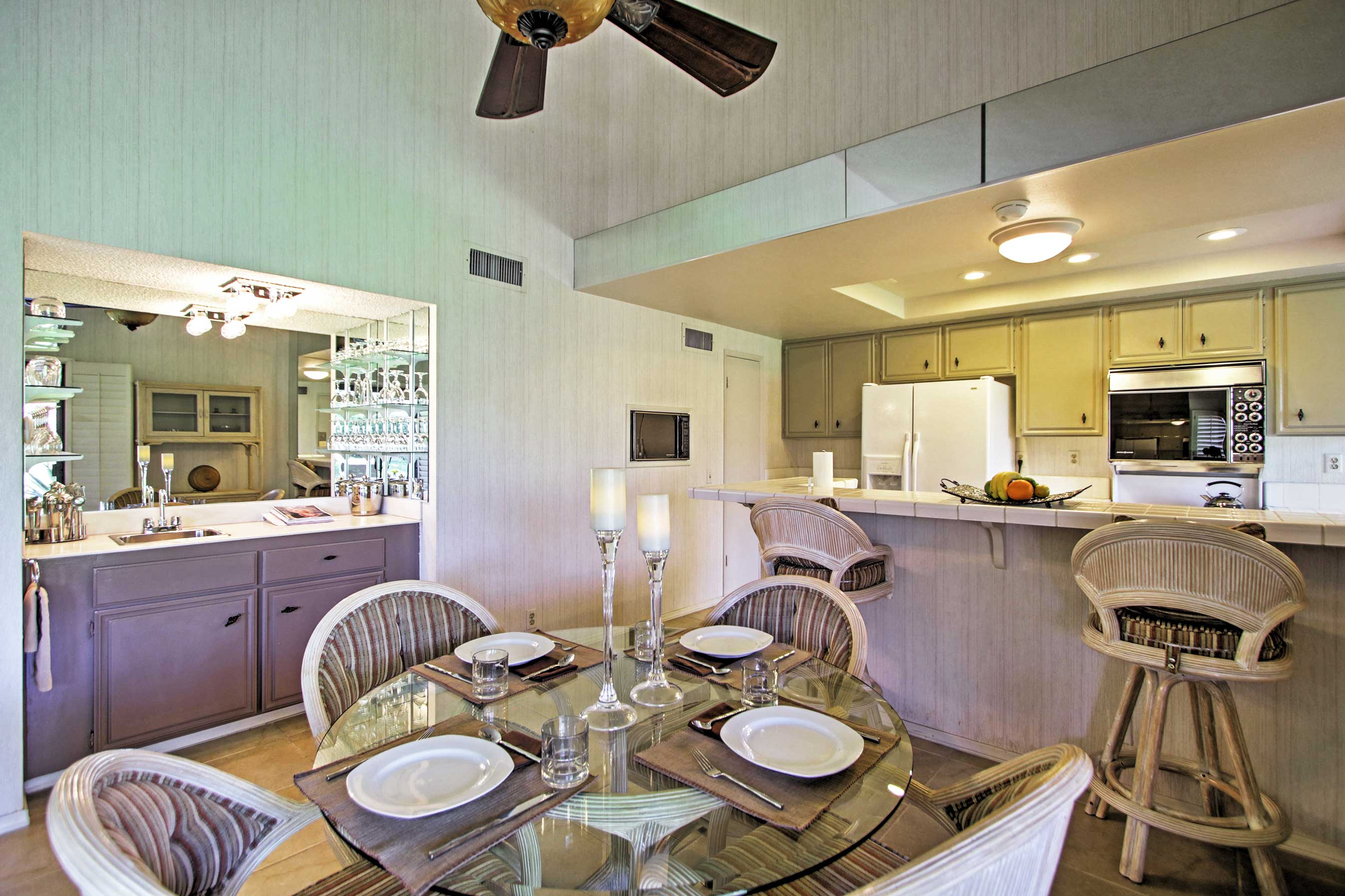 This 3-bed, 3-bath unit sleeps a total of 6.