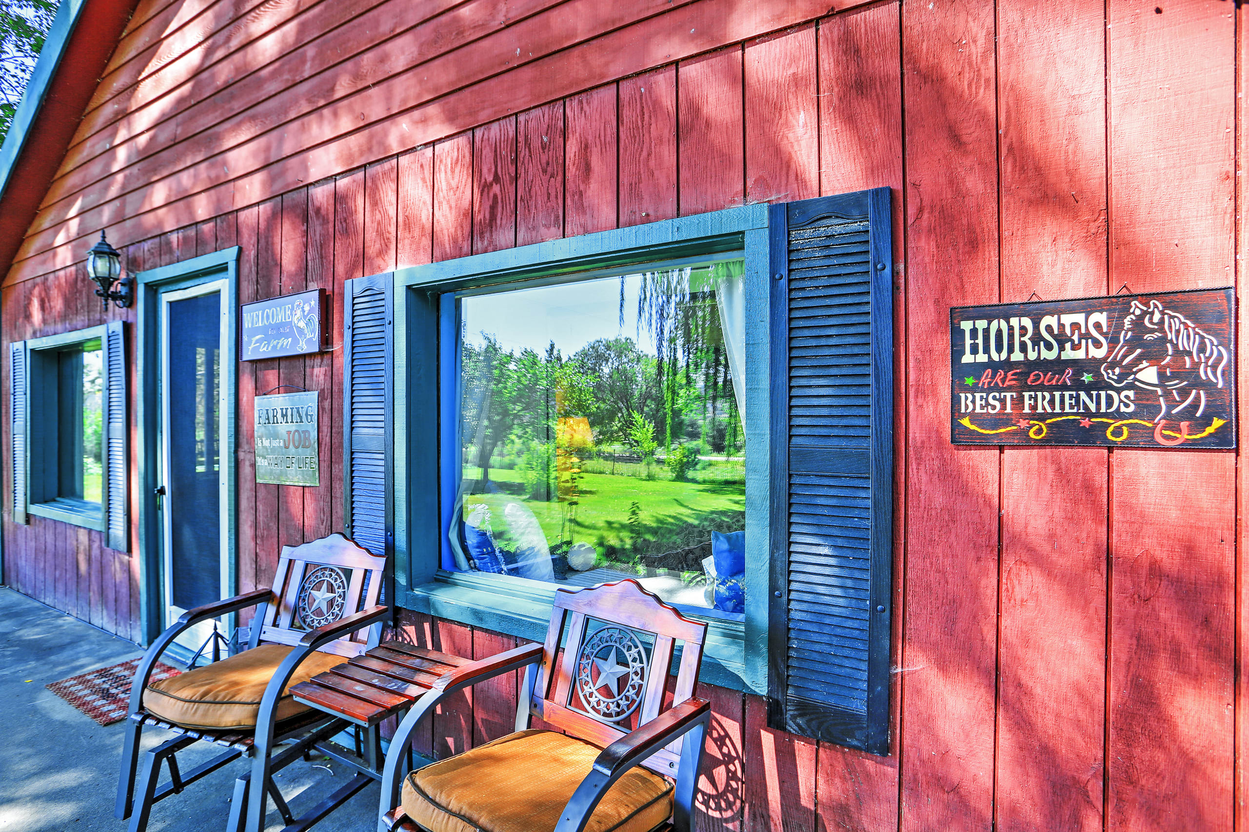 This house is located steps from fly fishing, hiking, mountain biking & more!