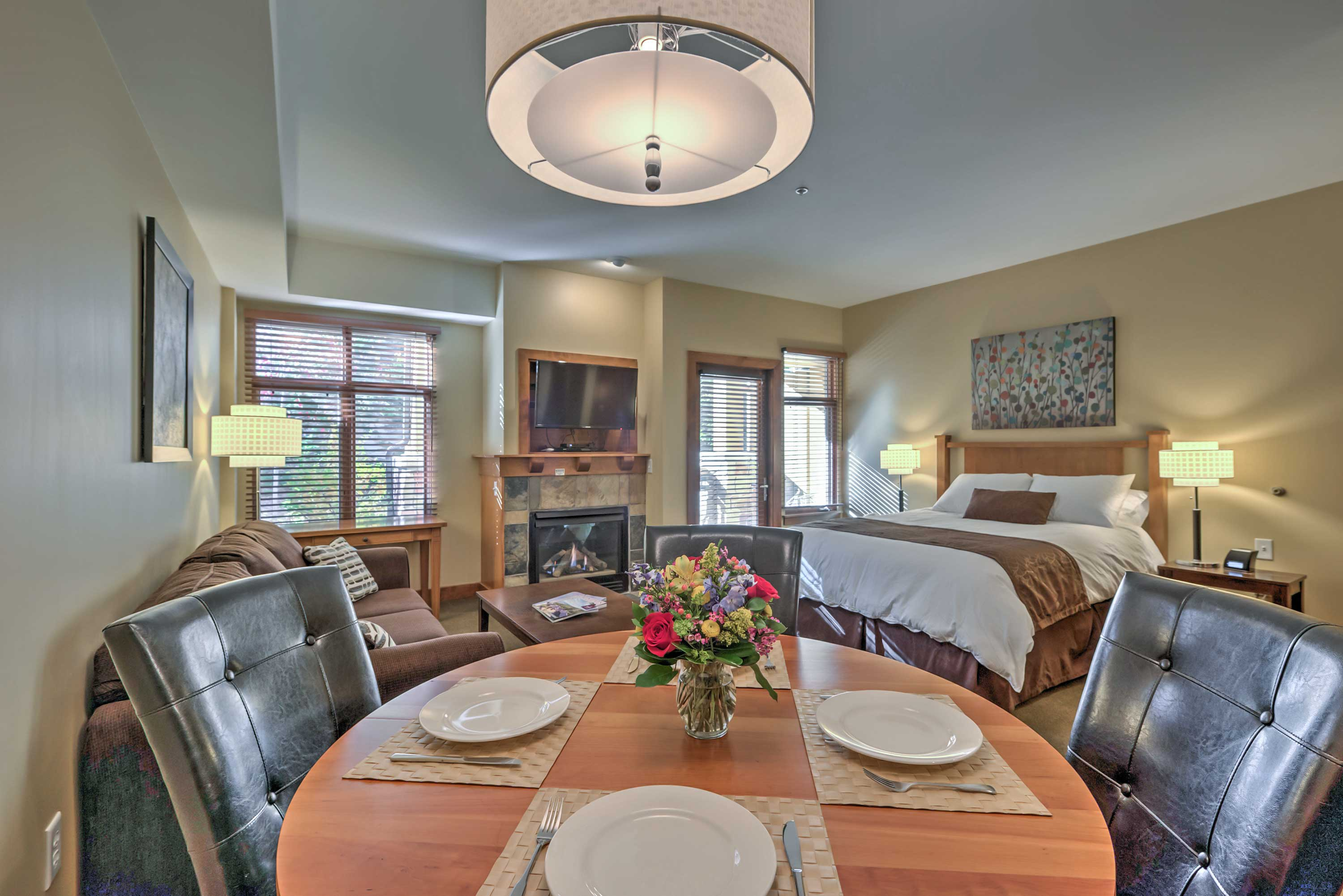 Enjoy home-cooked meals around this spacious dining table for 4!