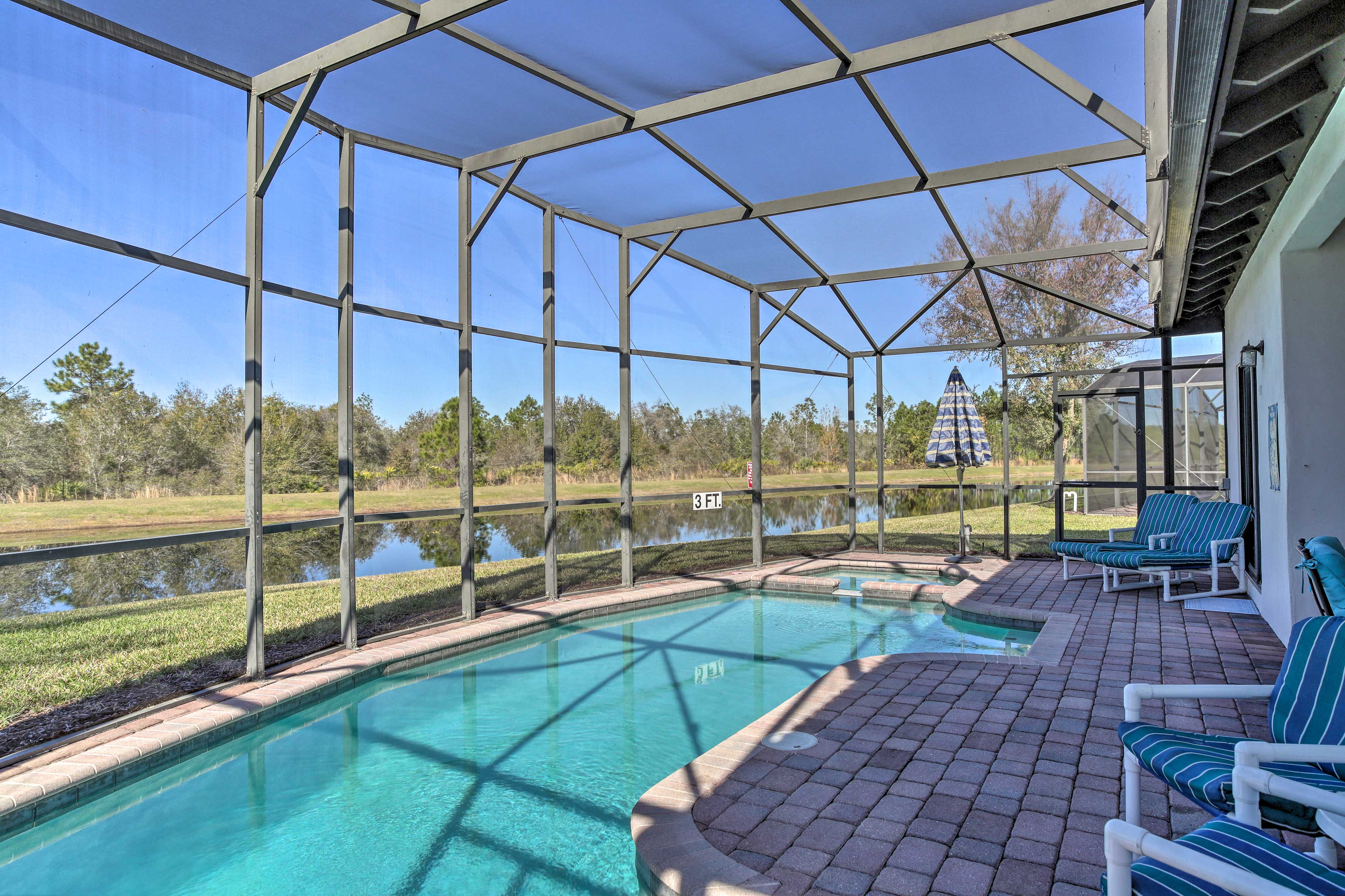 With a private enclosed pool, this Florida villa ensures a revitalizing retreat!