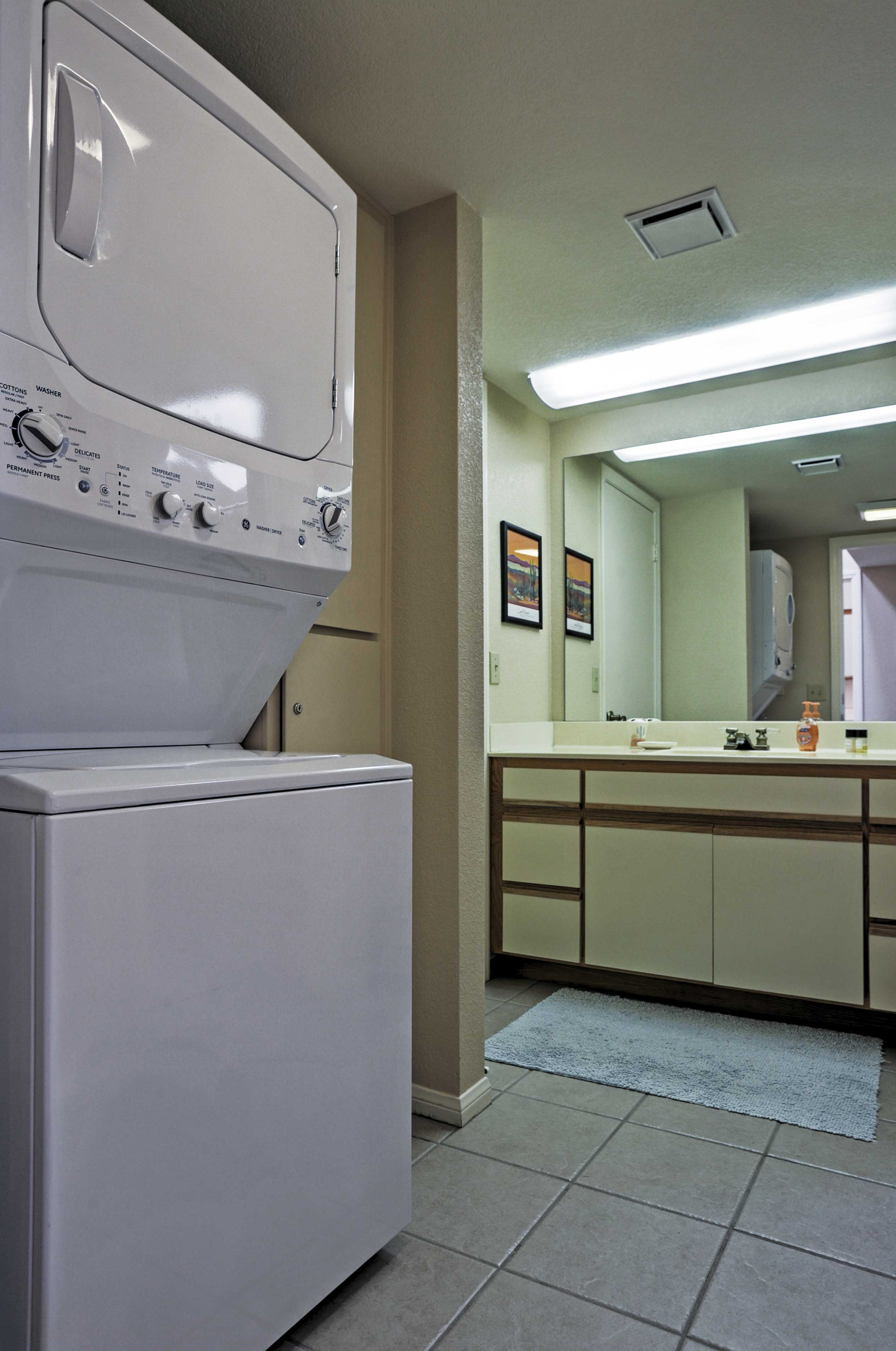 In-unit laundry machines ensure your clothes stay fresh and clean.