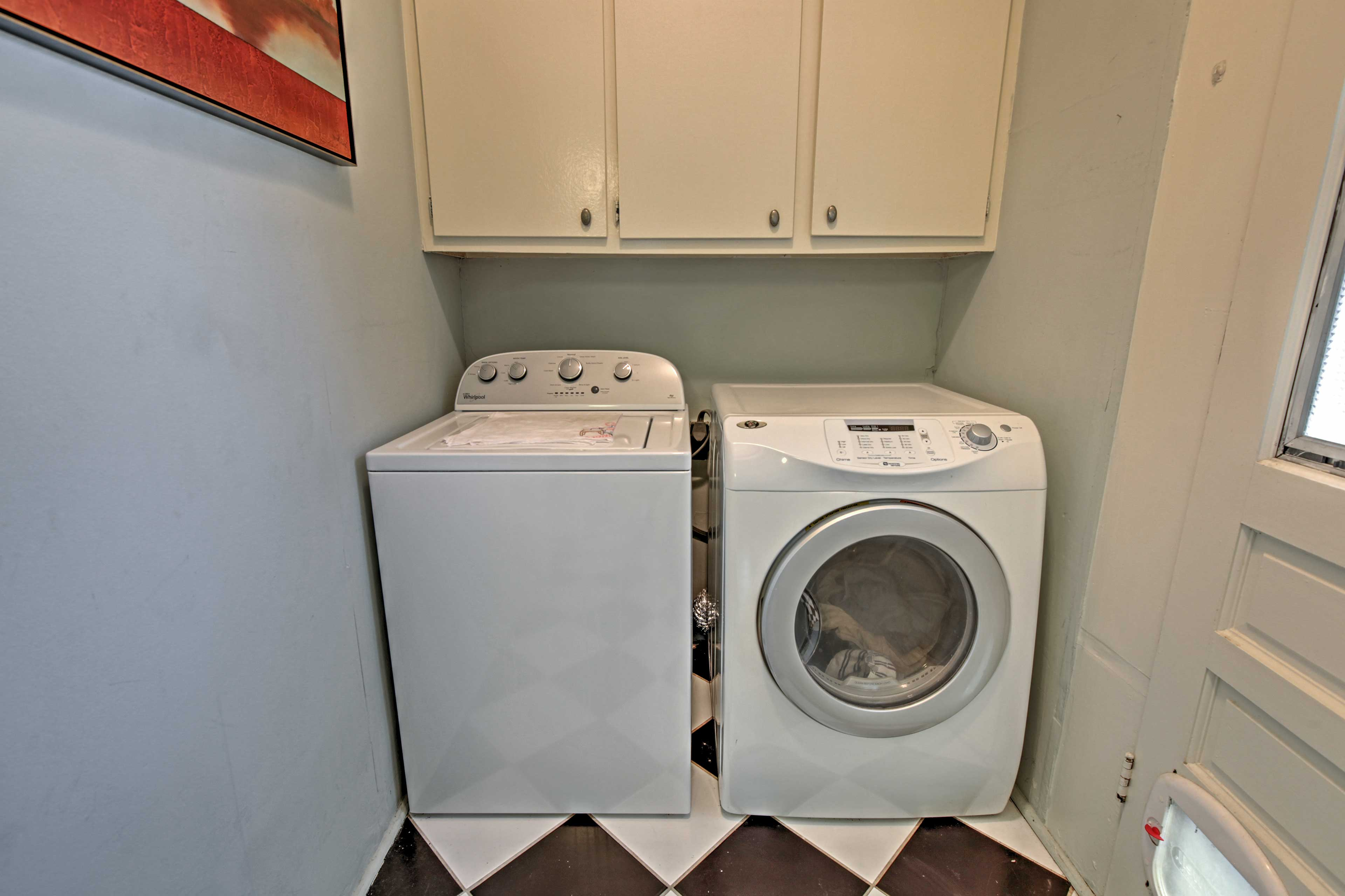 In-unit laundry machines guarantee fresh clothes your entire stay!