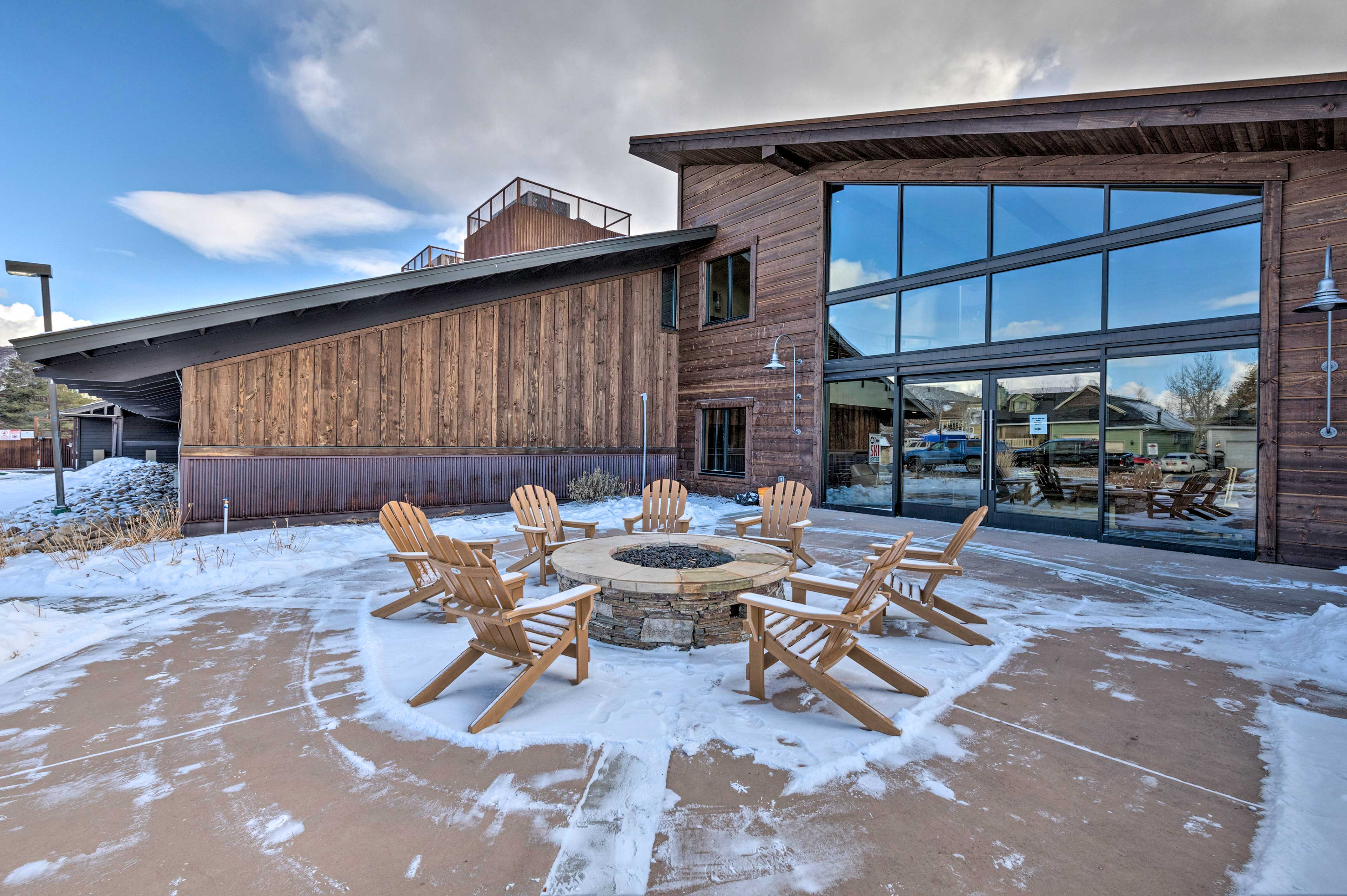 Sip brews and enjoy time spent around the community fire pit.