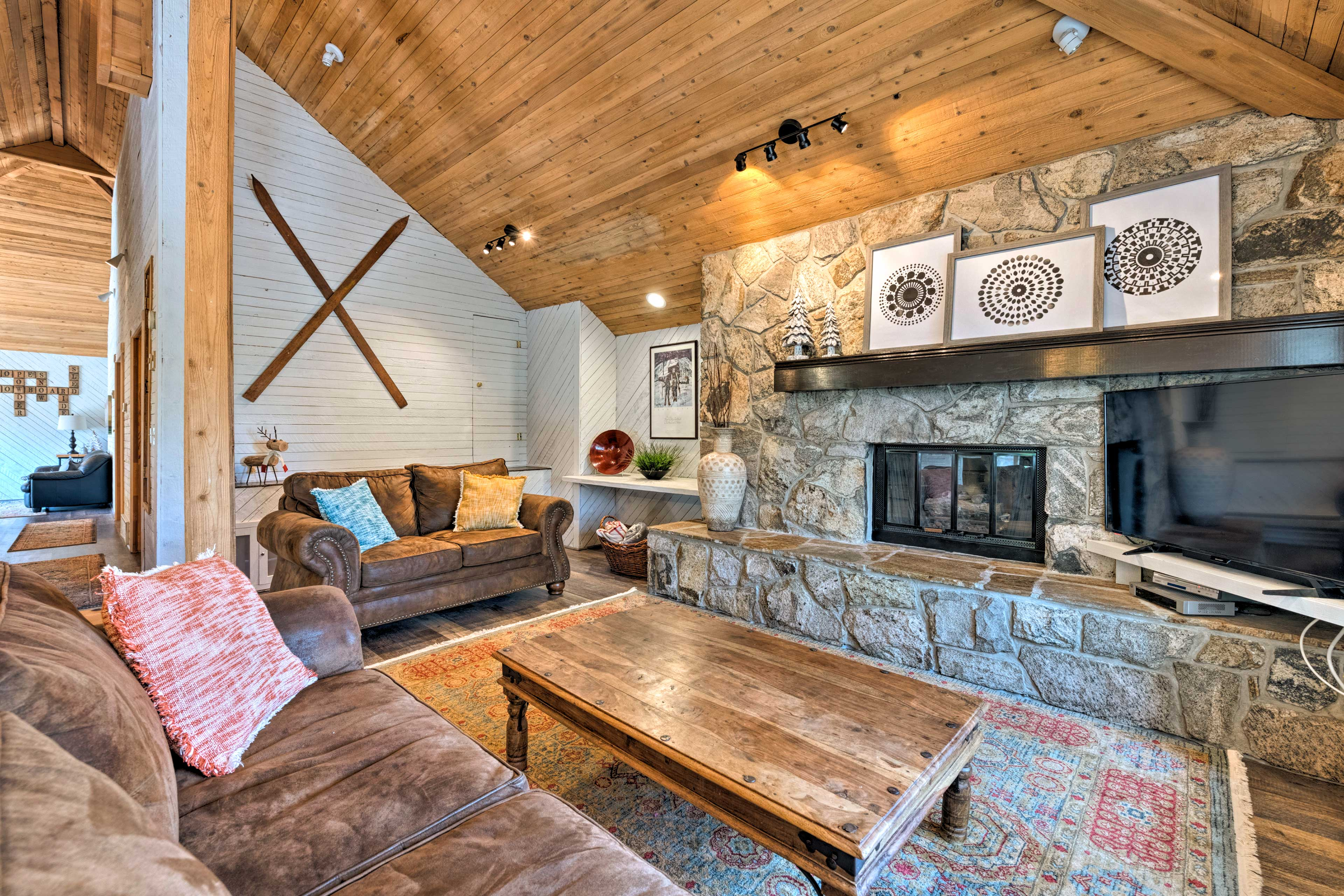 Come escape to this beautifully located Park City vacation rental home!
