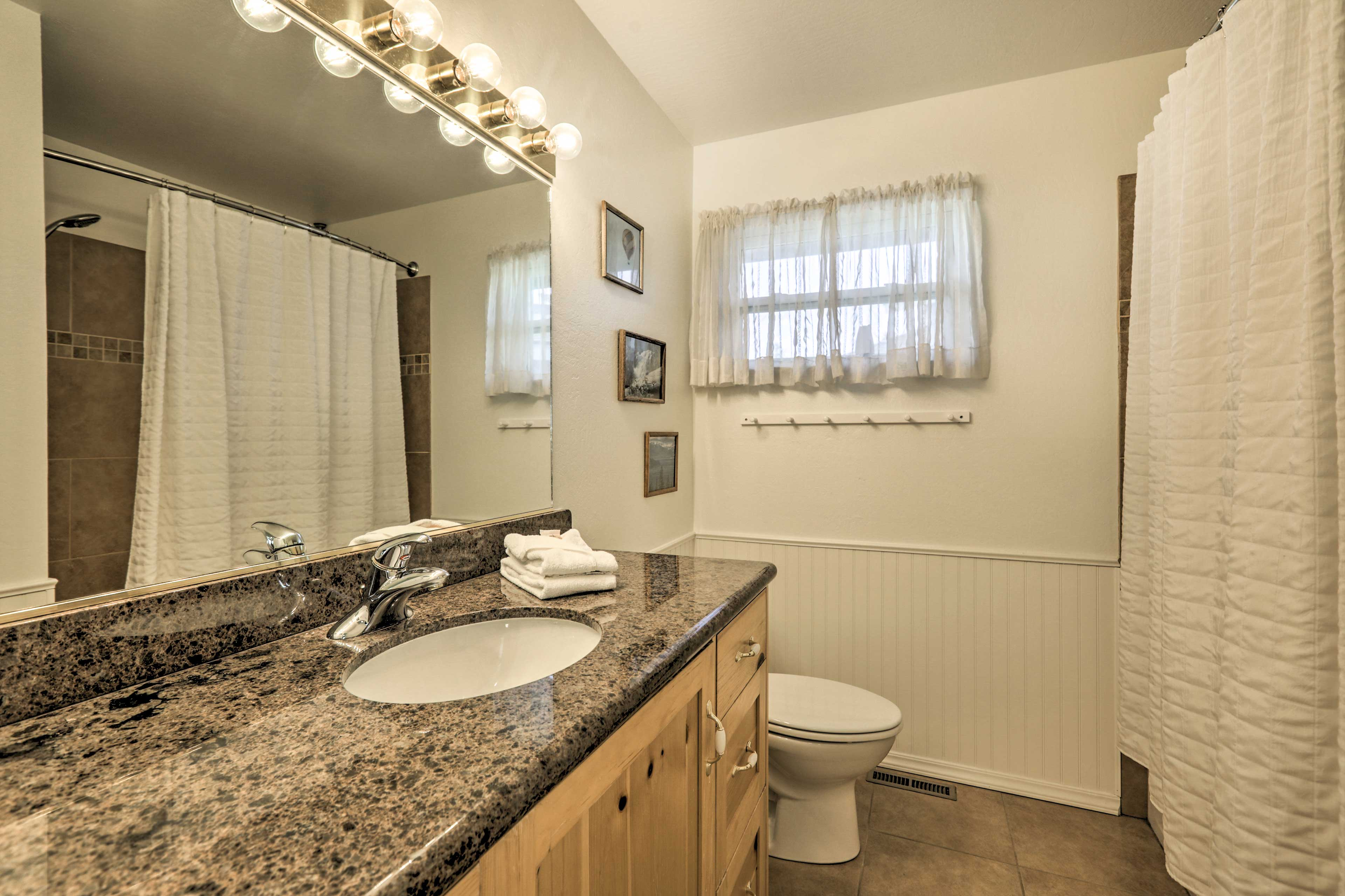 Ensure you have the best nights sleep by rinse off the day in this shower.