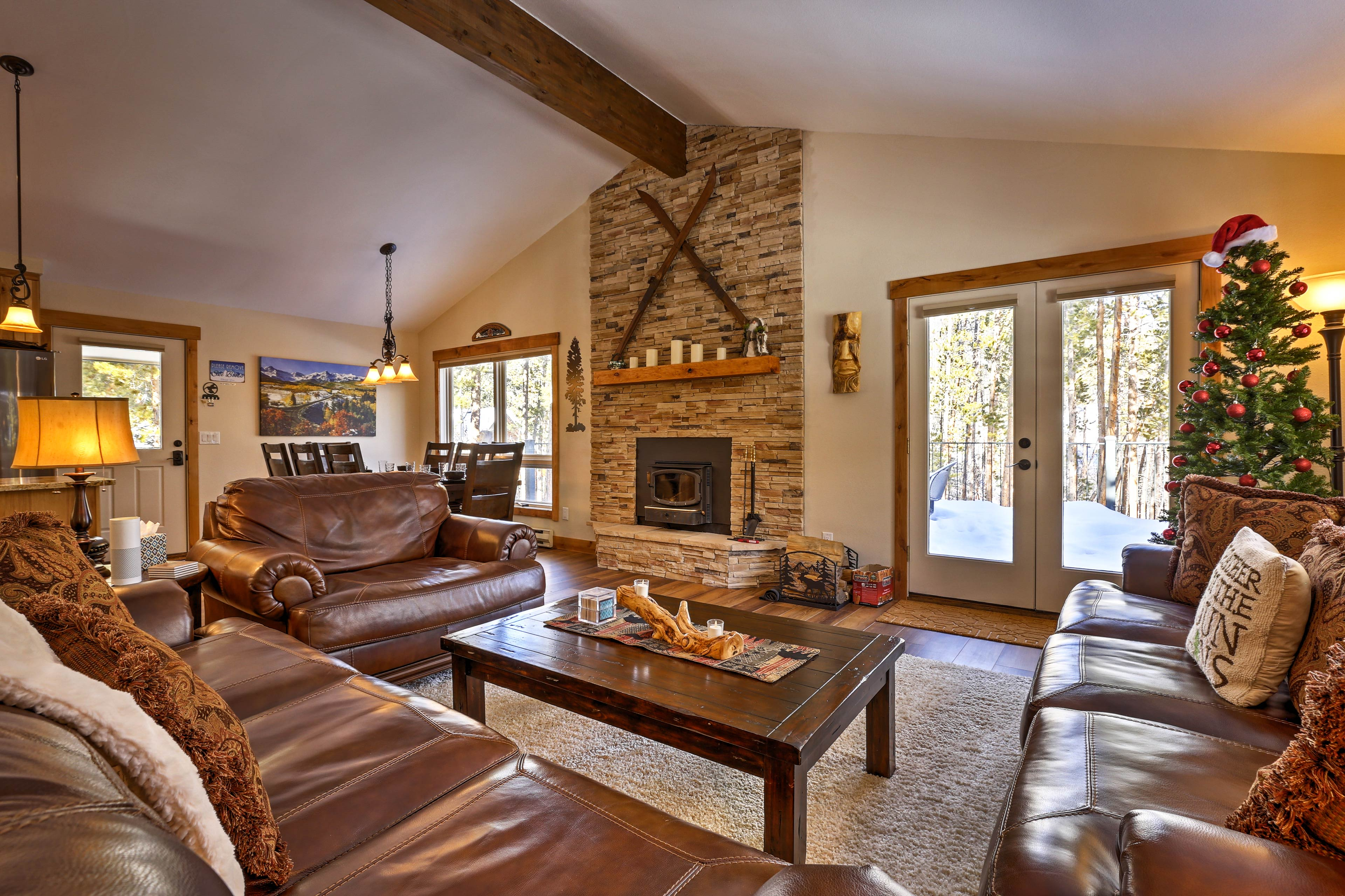 This beautiful 4BR/3BA vacation rental is ideal for your Keystone getaway!