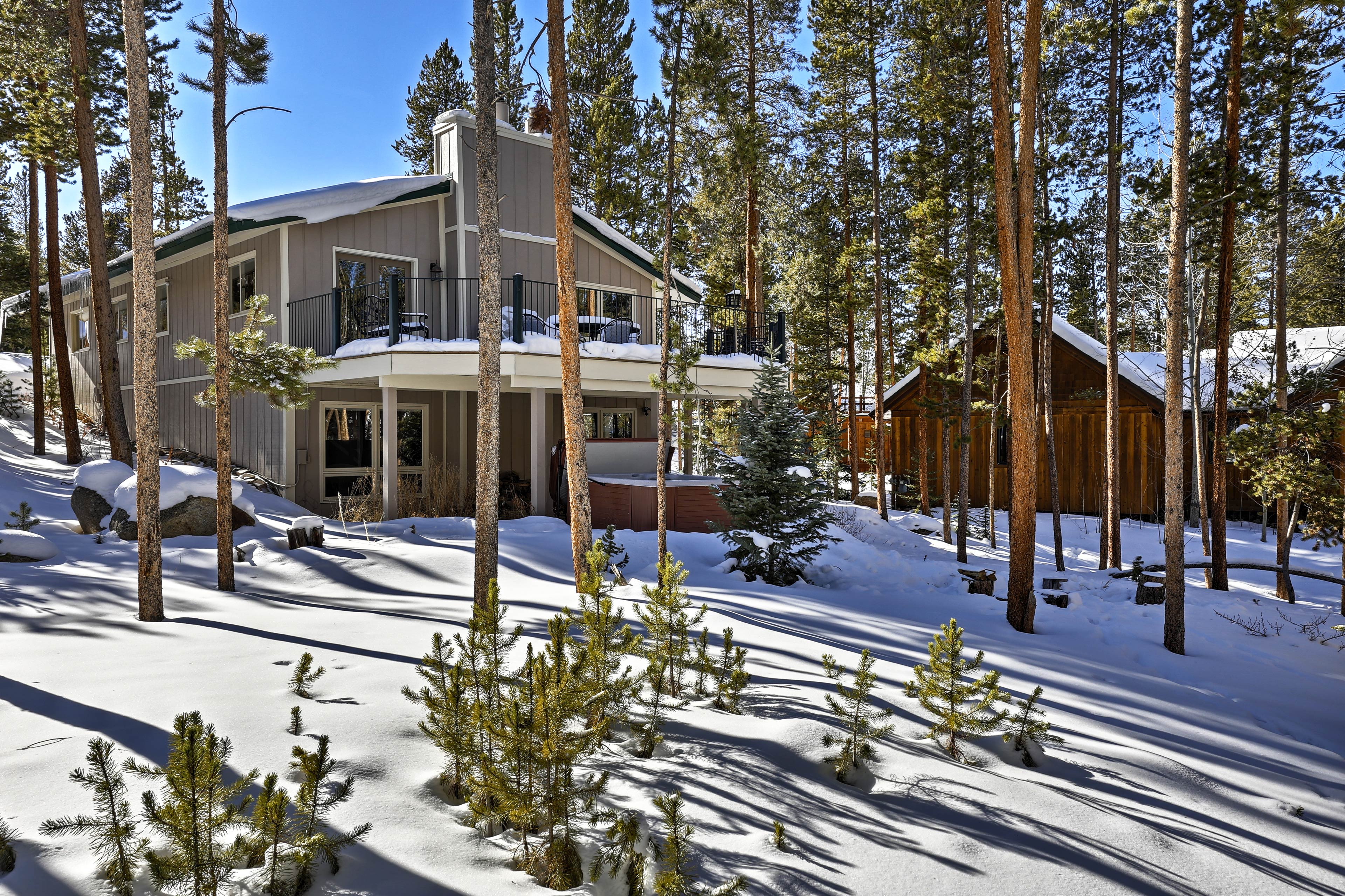 This Keystone property is just minutes from the slopes.