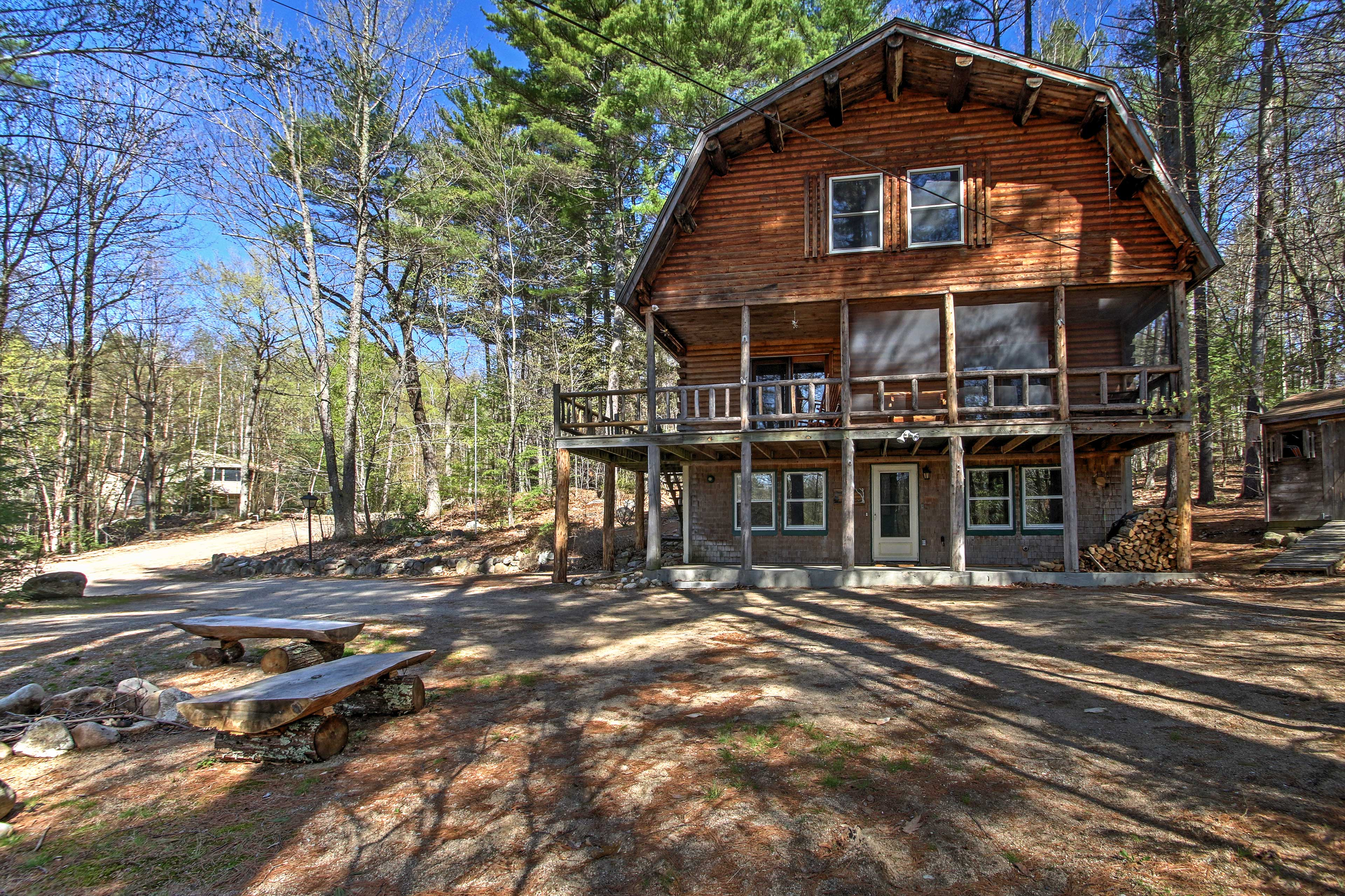 This updated vacation rental cabin will surround you with nature's splendor.