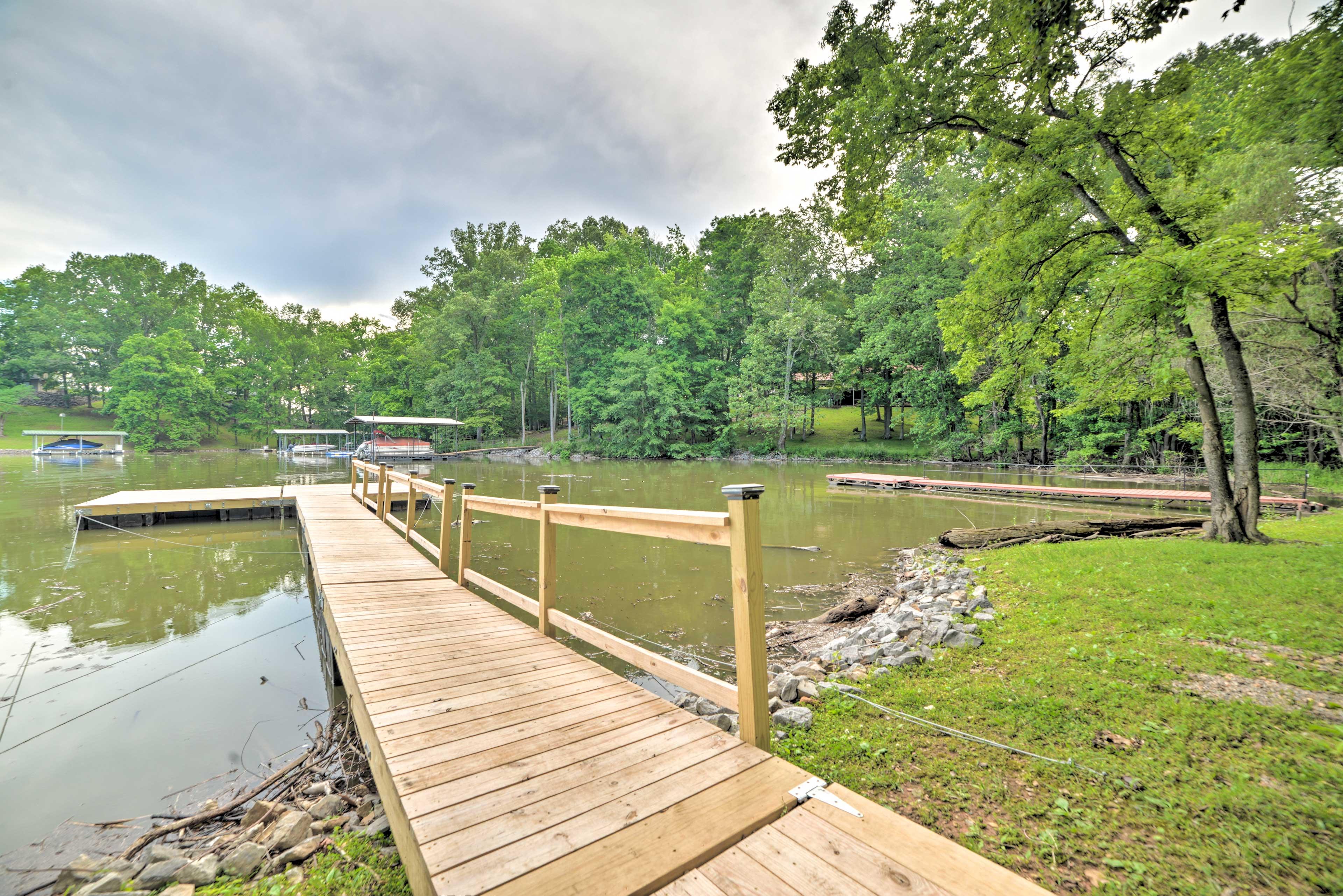 Boat Dock | Lake Barkley Location