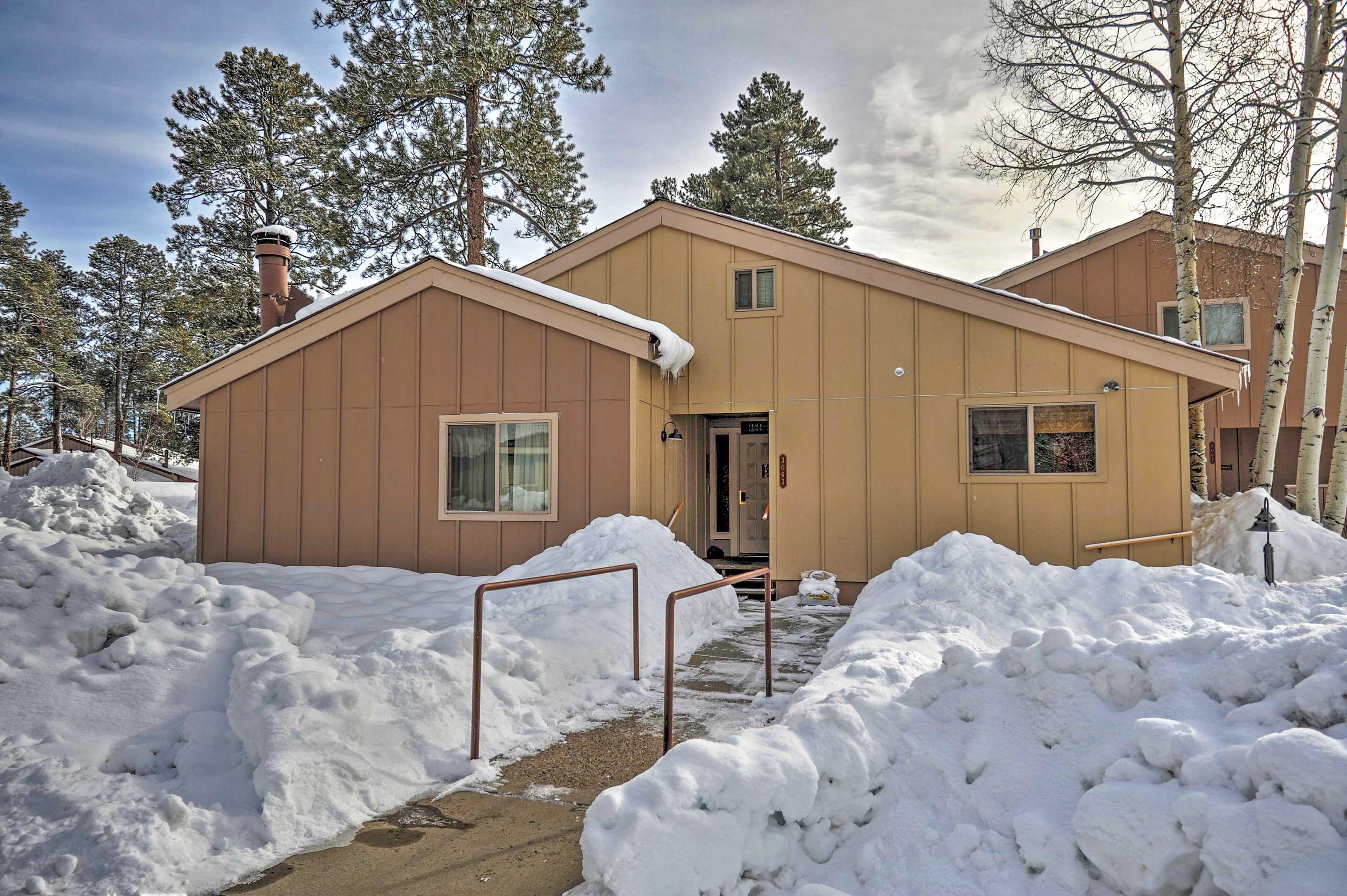 This bright Pagosa Springs home is sure to provide the ultimate Colorado retreat