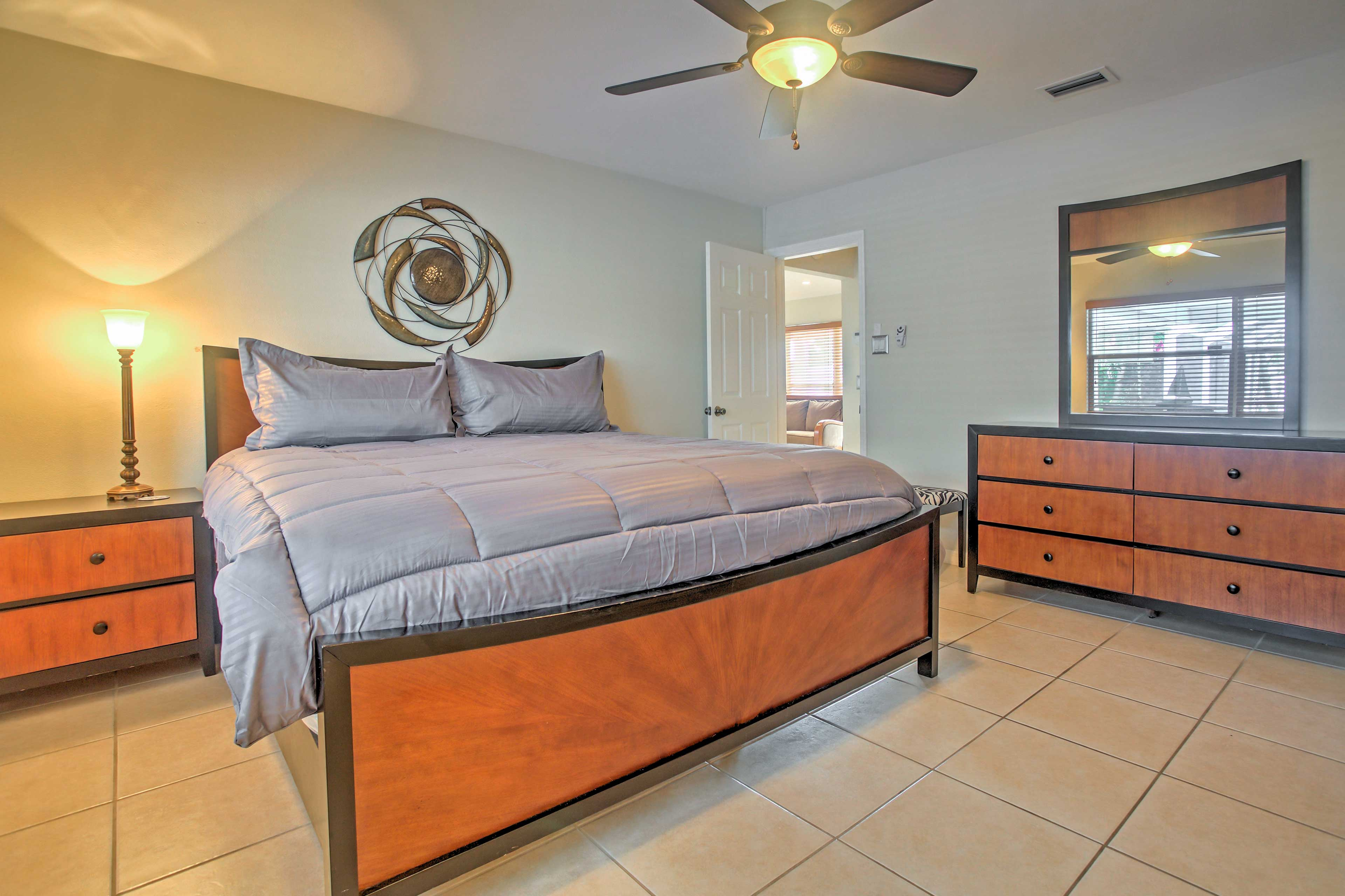 You'll enjoy great nights of sleep in this comfortable king-sized bed.