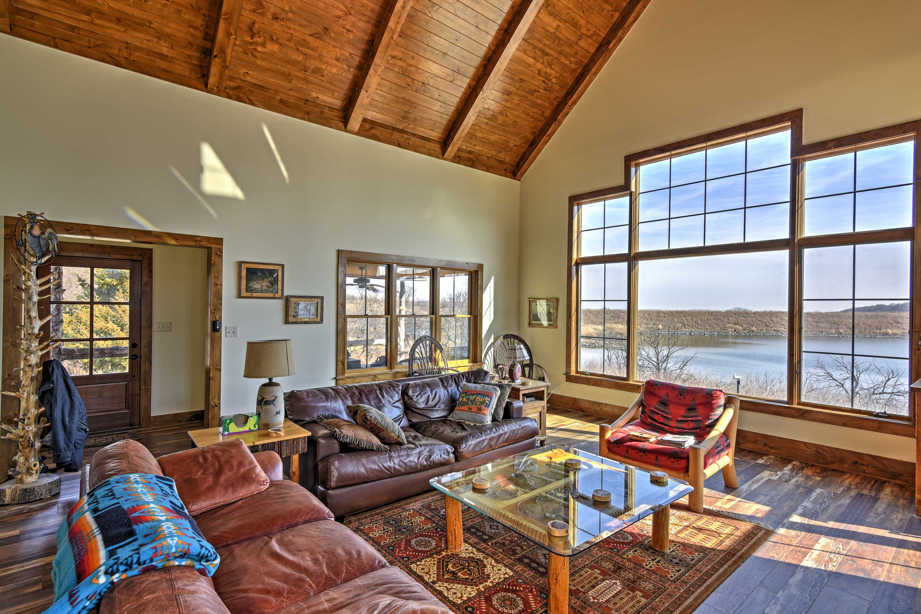 Marvel at the lakefront views from the living room.