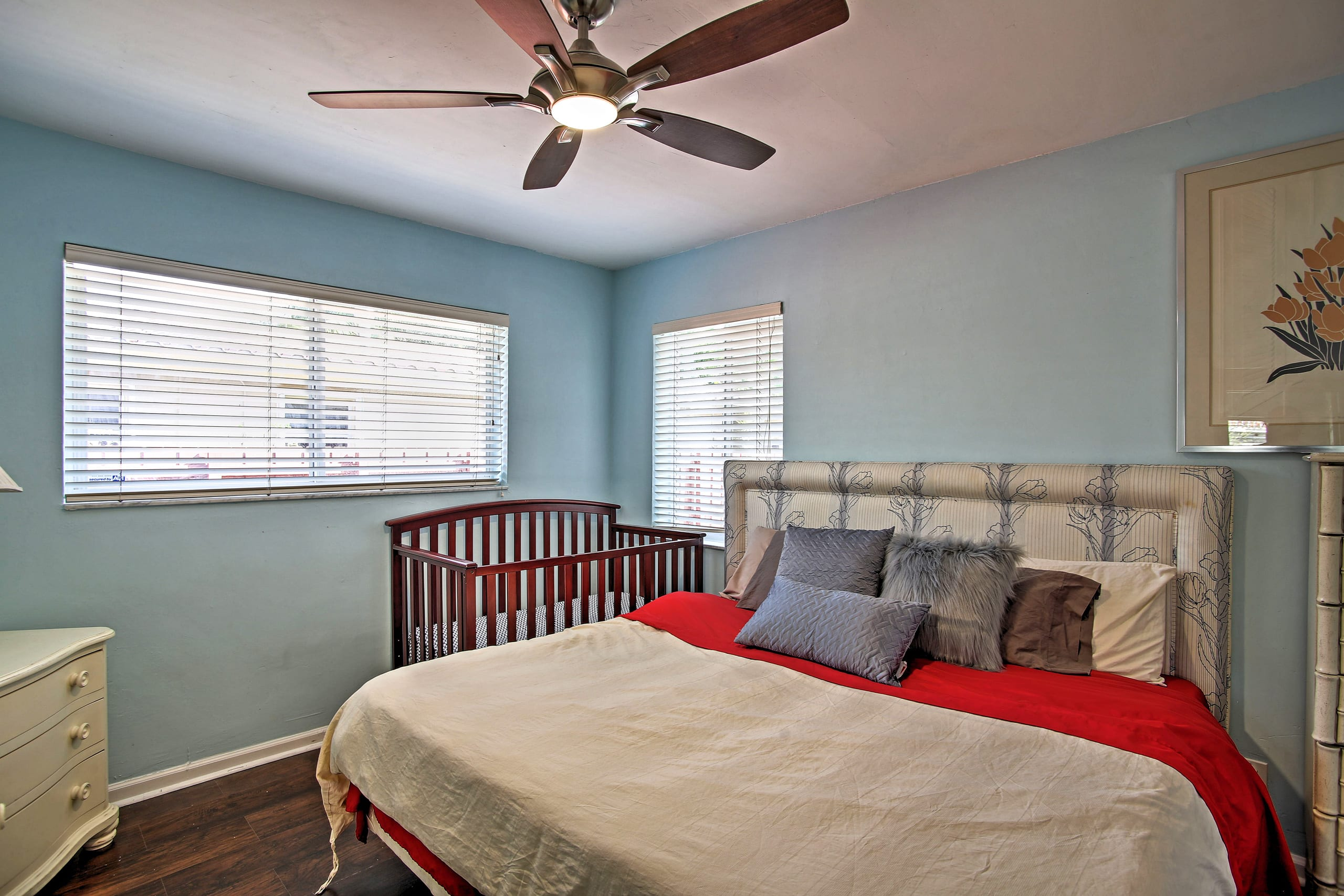 This room is perfect for a small family traveling together.