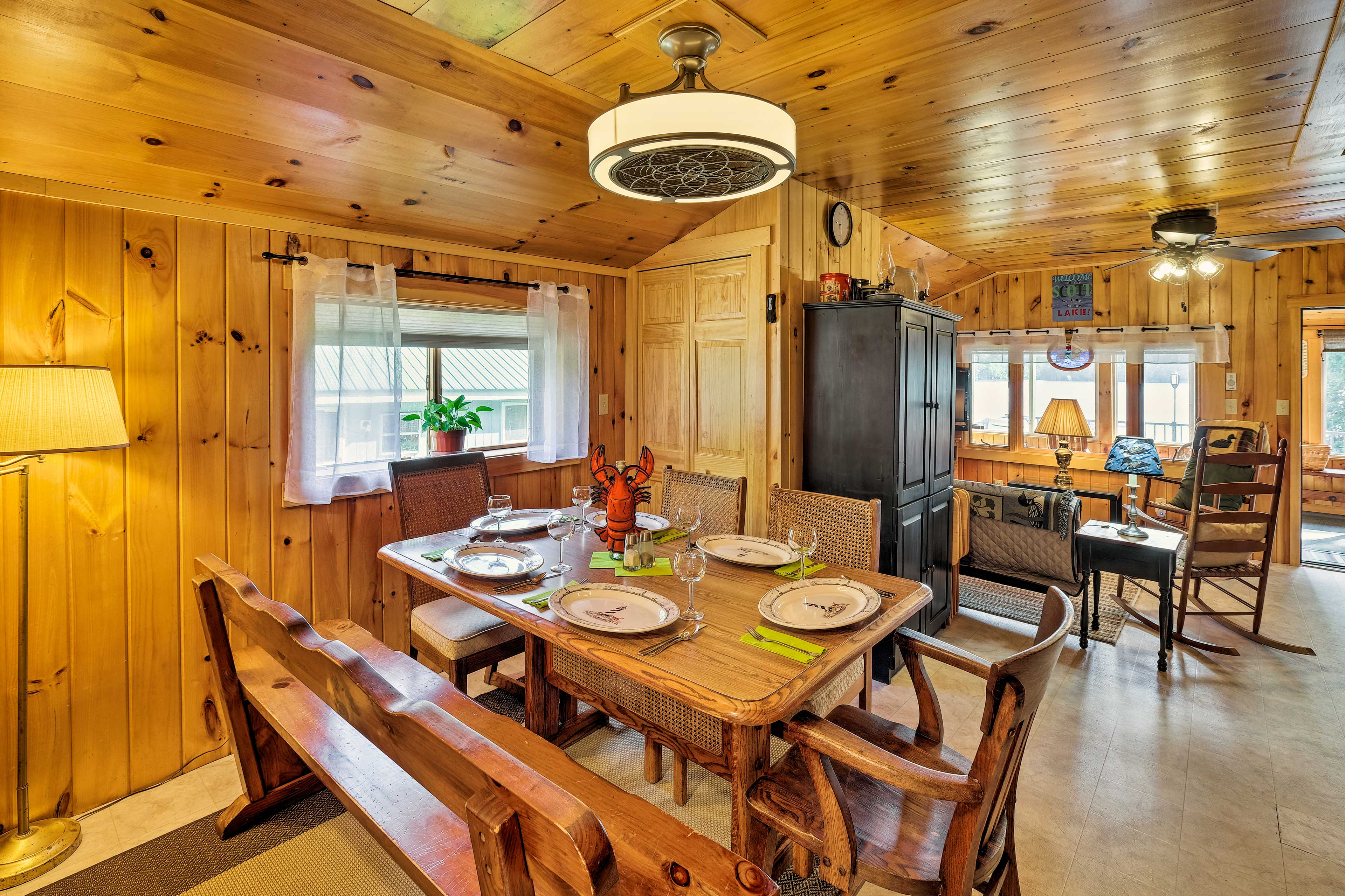 Head into the dining area to feast on a home-cooked meal!
