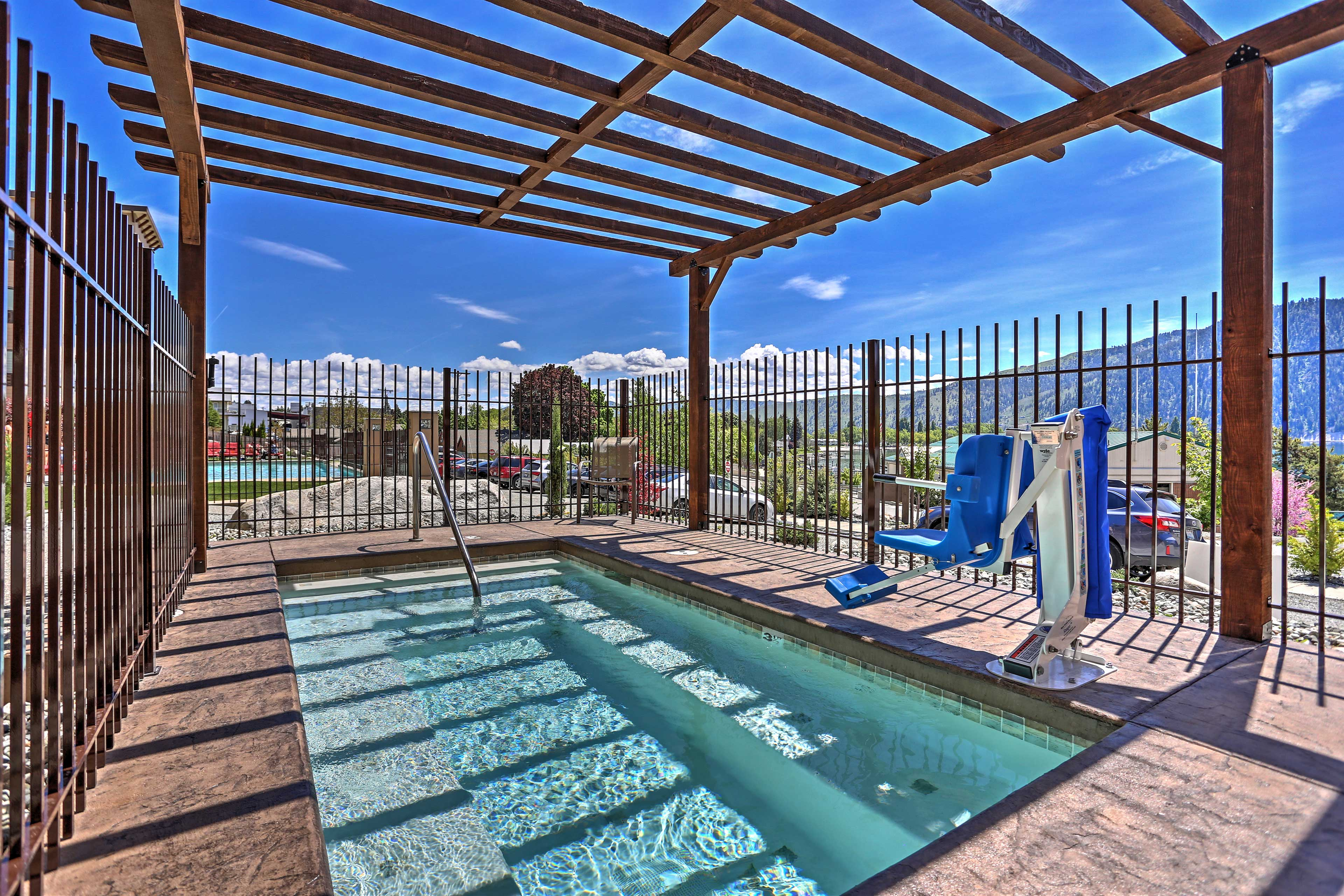 With a community pool, hot tub and wading area - this deck is a treat for all!