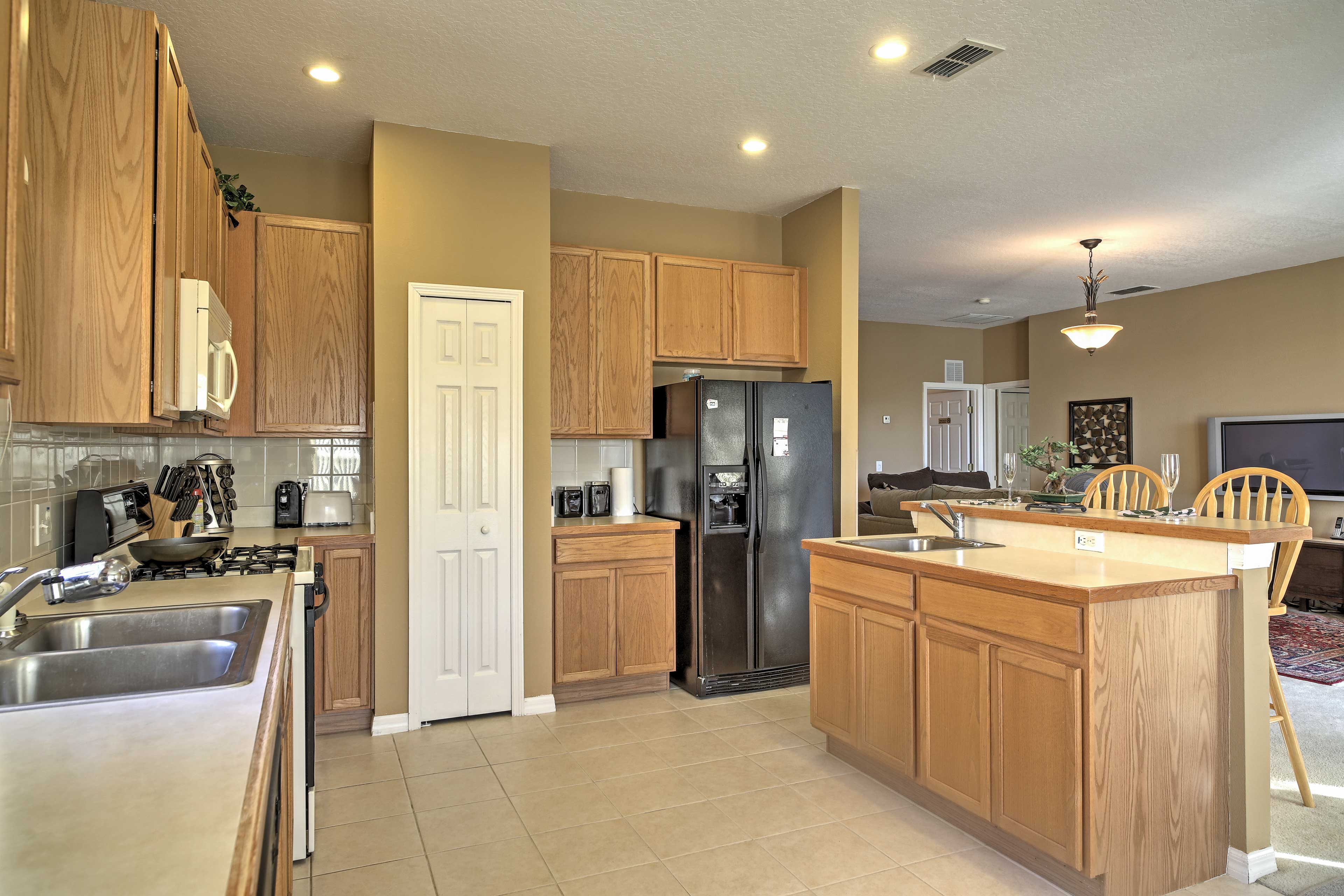 Whip up delicious home-cooked meals in the fully equipped kitchen.