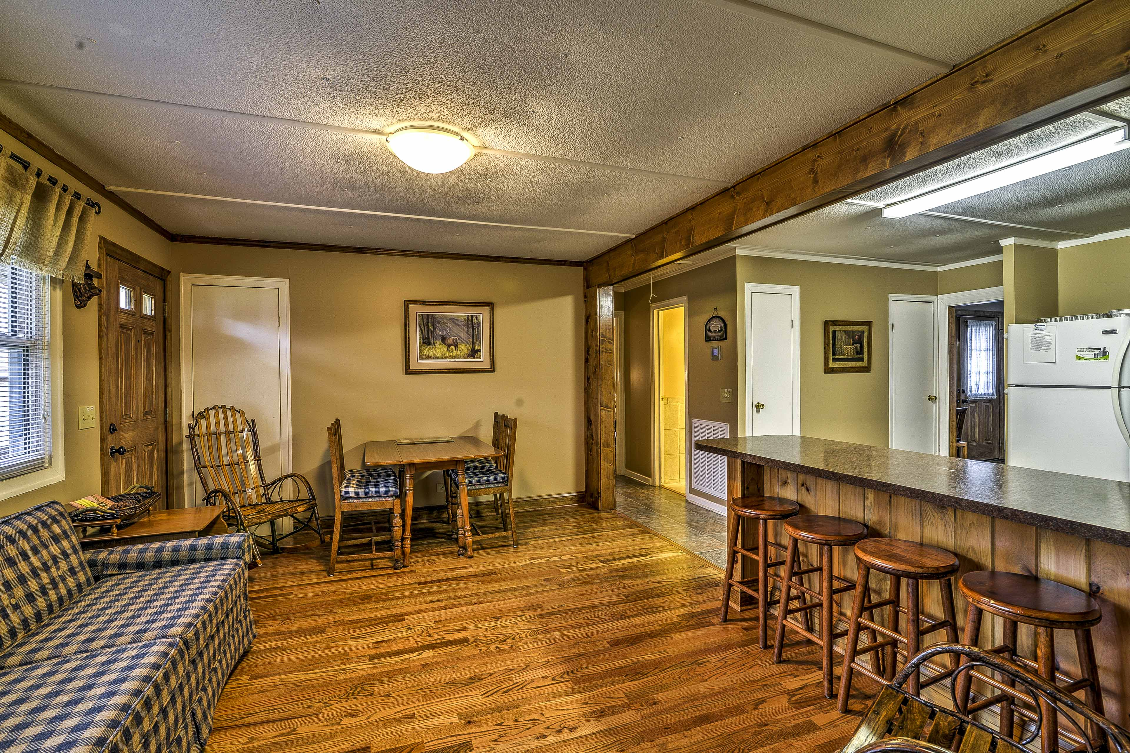 Pull up stool and enjoy breakfast at the quaint bar.