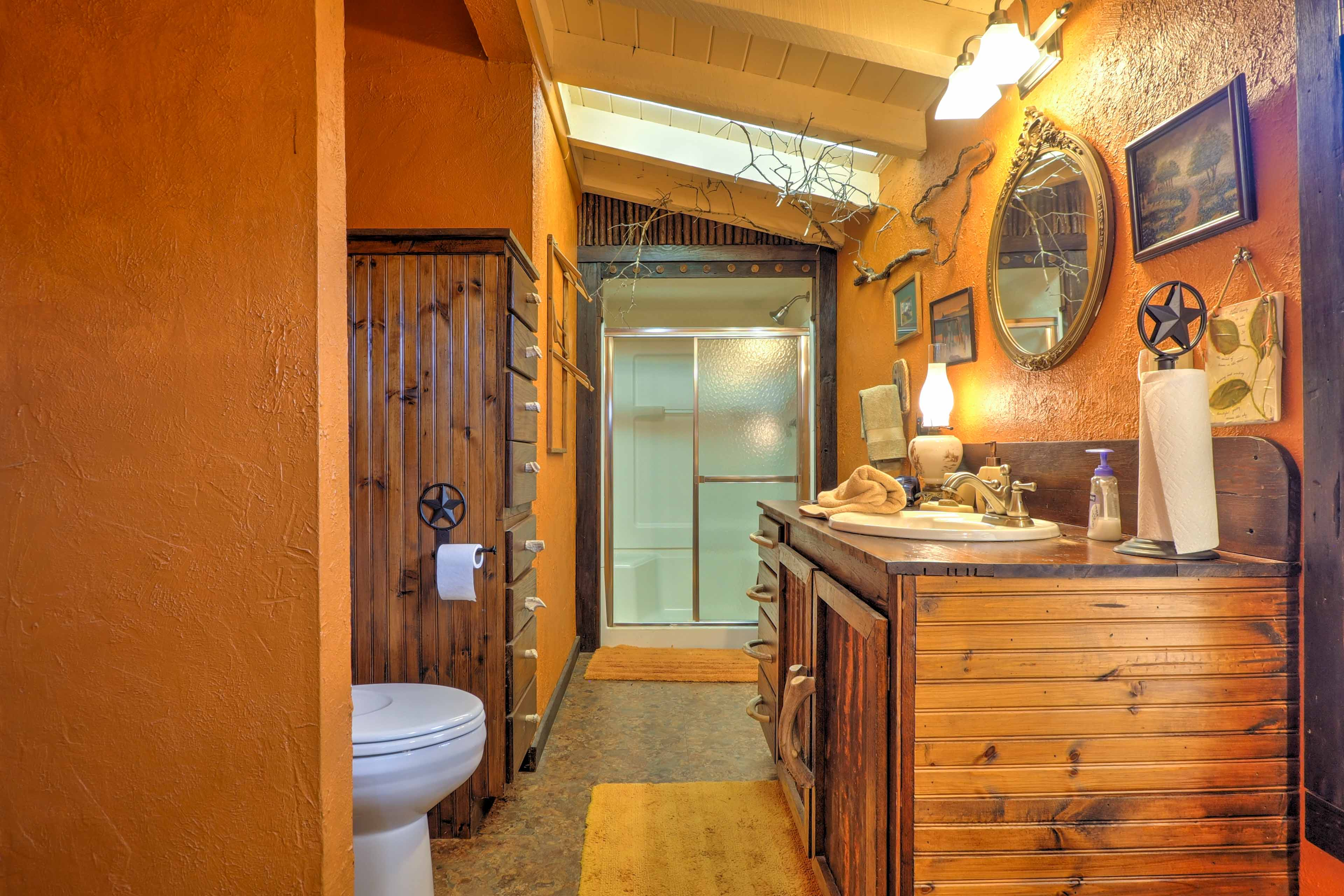 Freshen up in this bathroom before heading out for a special evening in town.