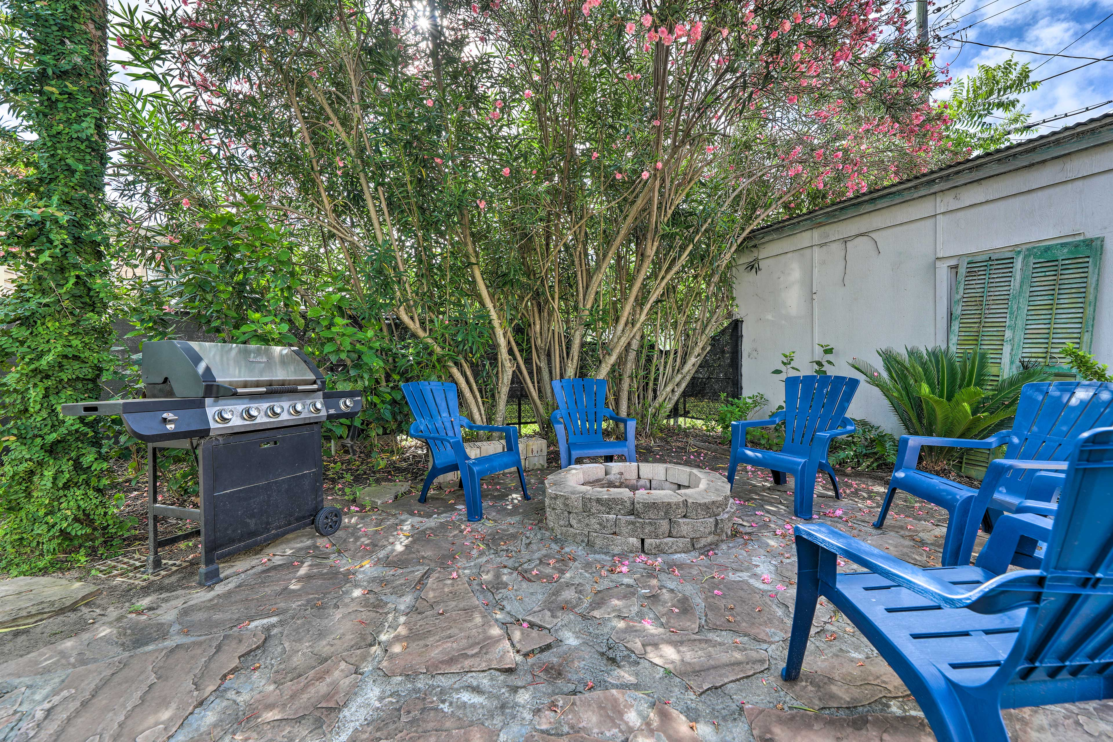 Enjoy backyard grill sessions and plenty of space.