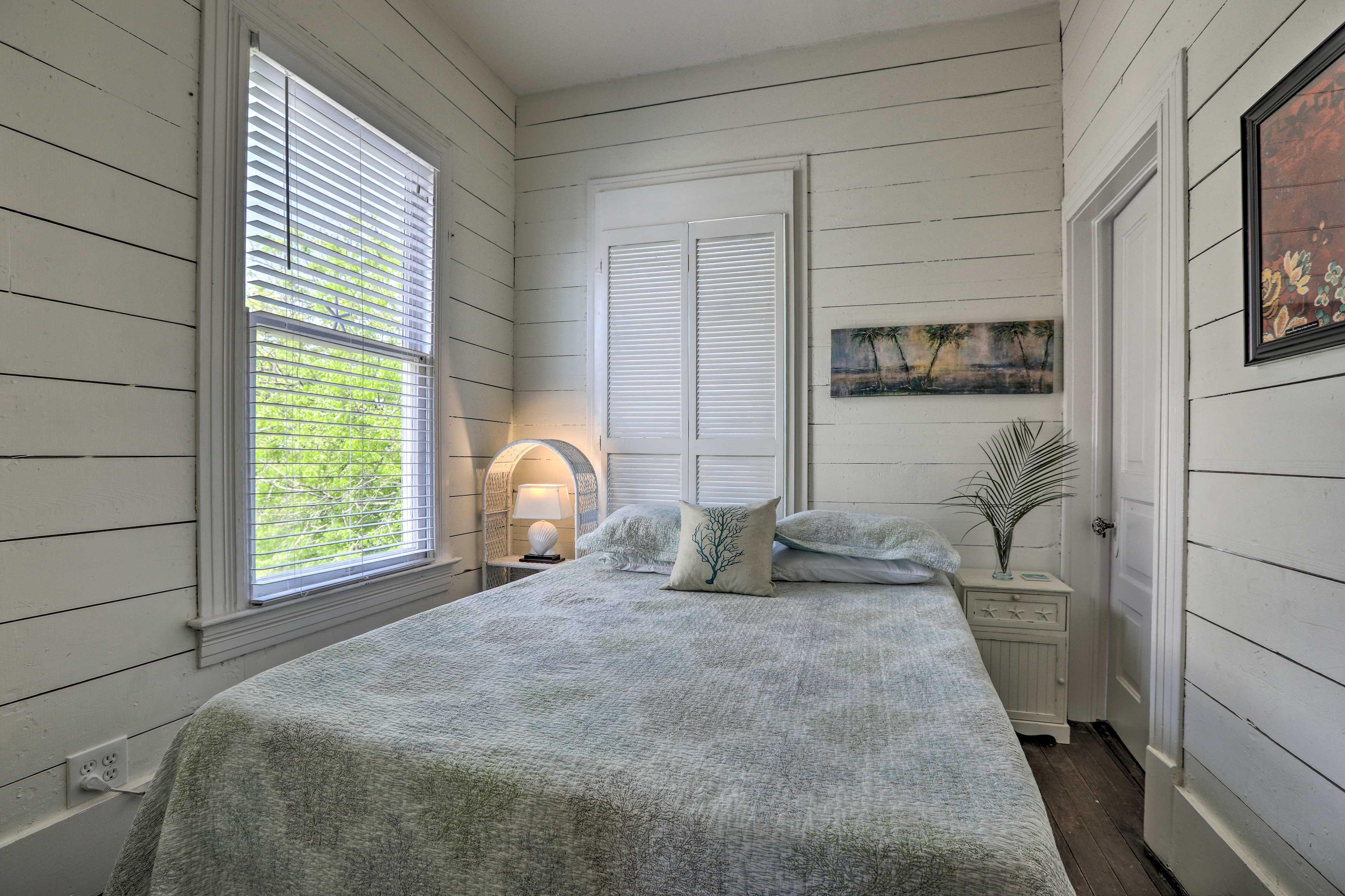 The final bedroom has a queen bed.