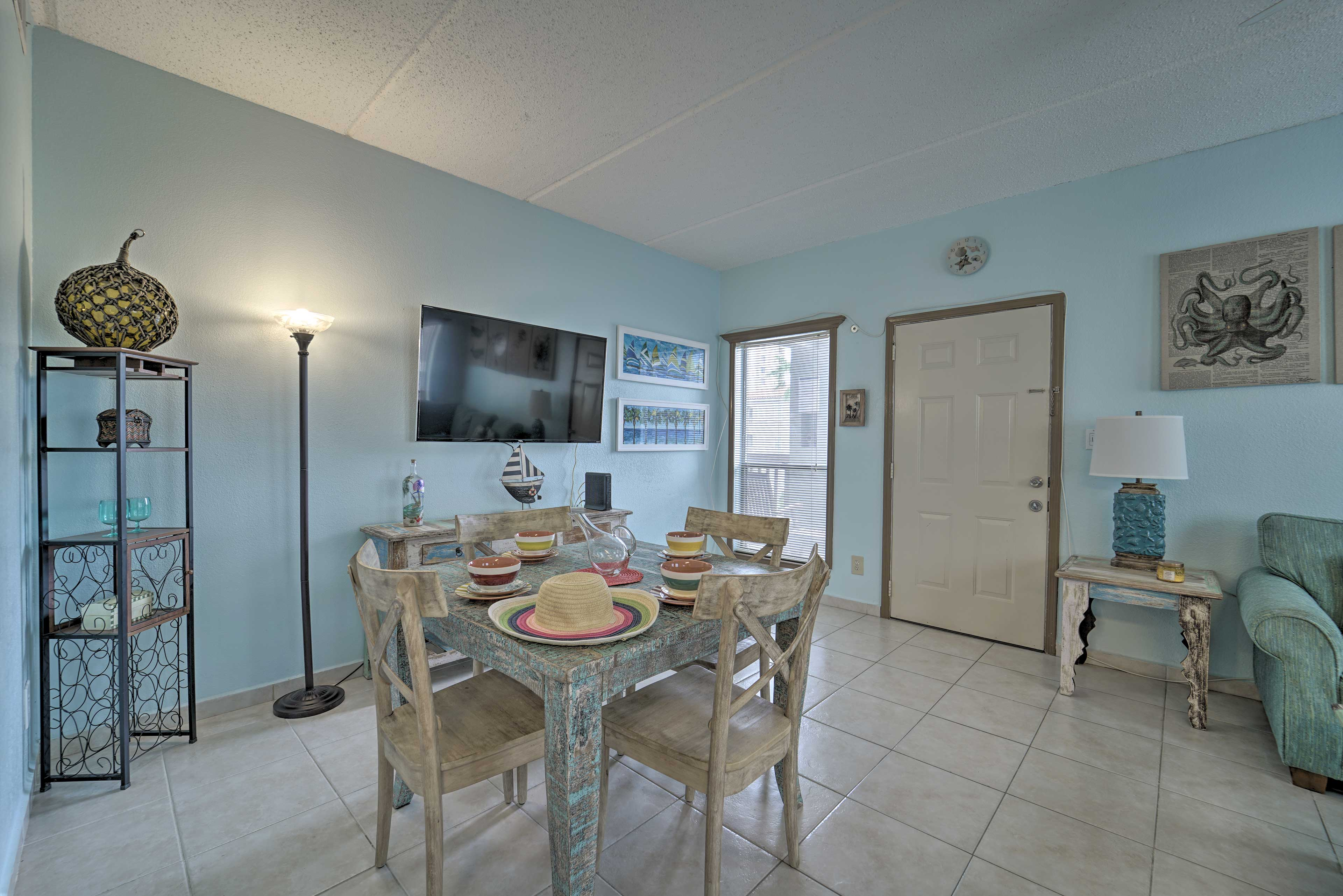 Come visit this 1-bedroom, 1-bathroom condo in South Padre Island!