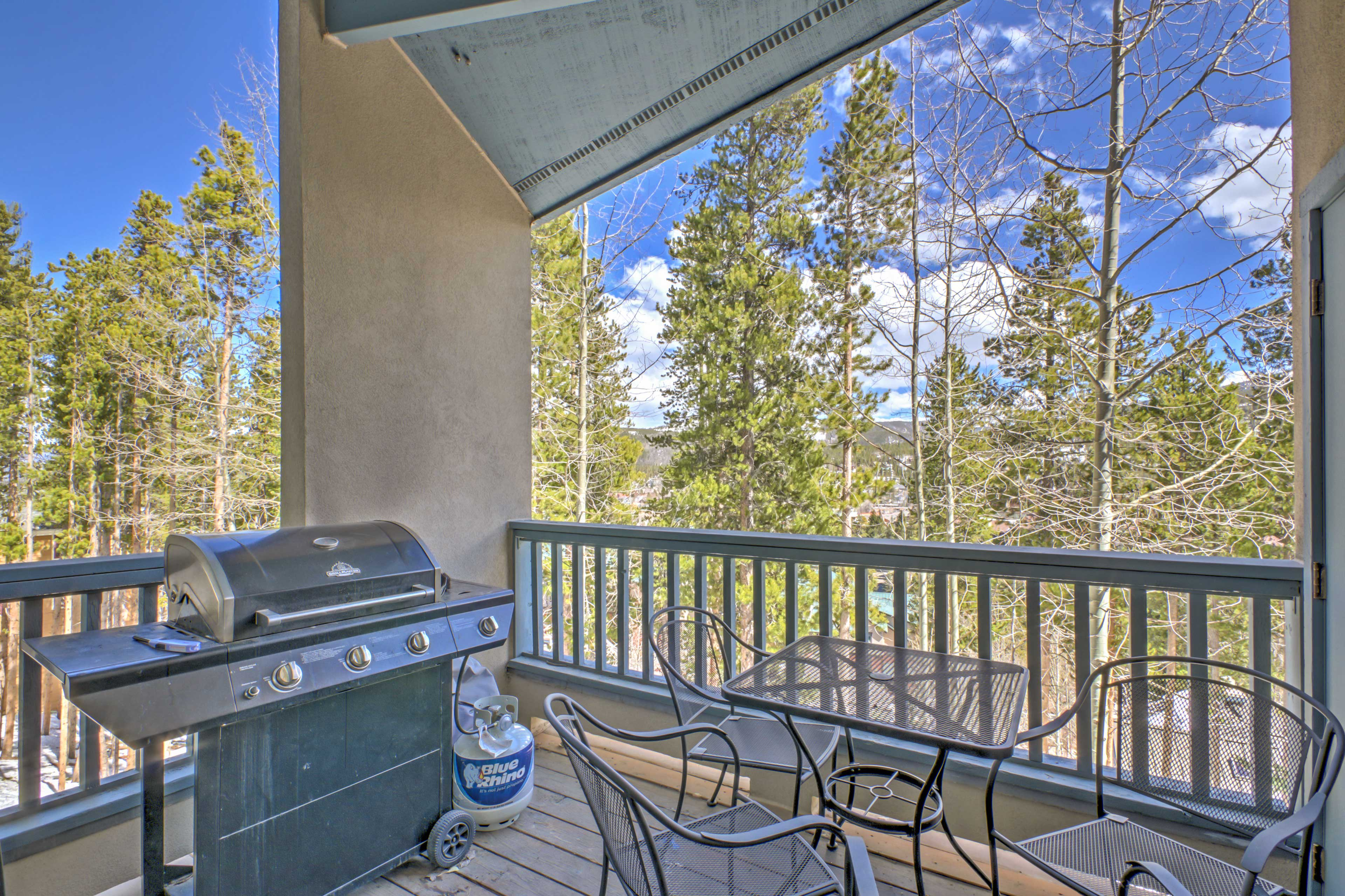 Enjoy your home cooked meals on the covered balcony area.