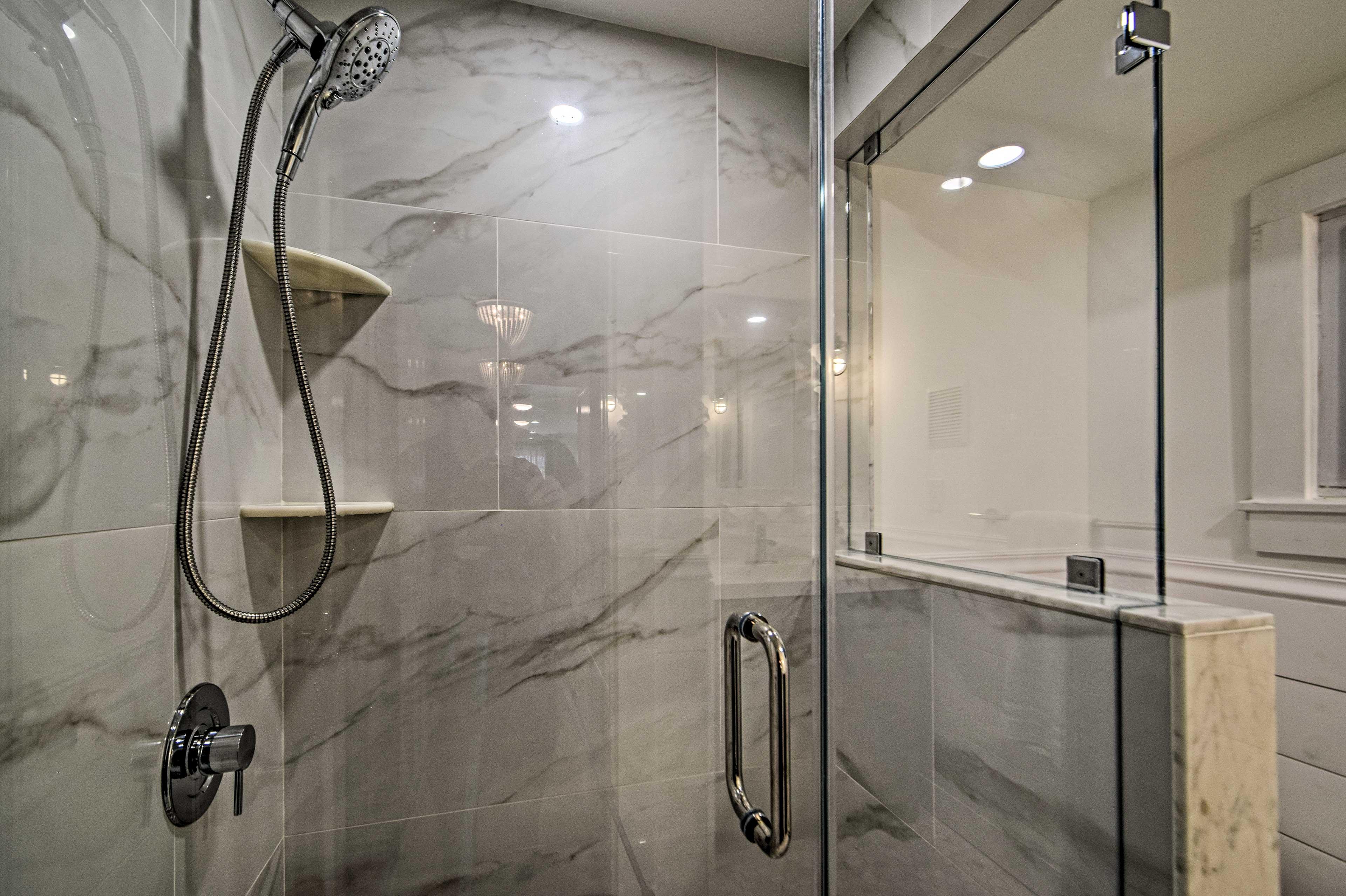Full Bathroom | Walk-In Shower