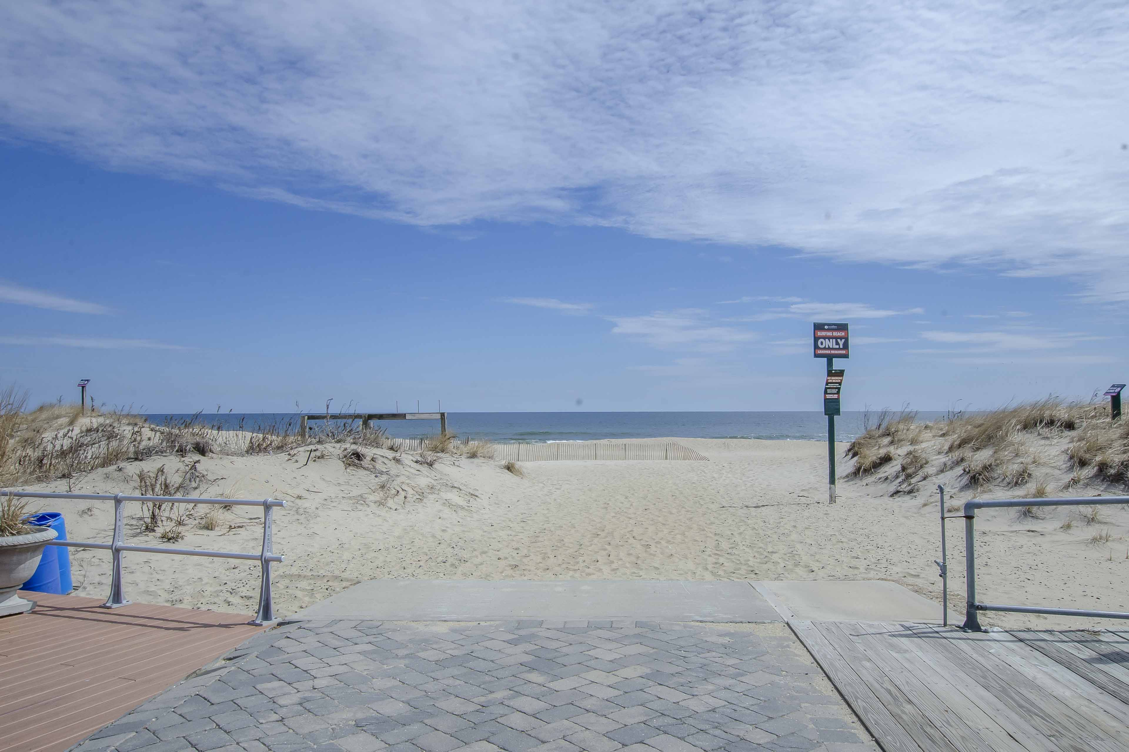 Beach Access | Walking Distance
