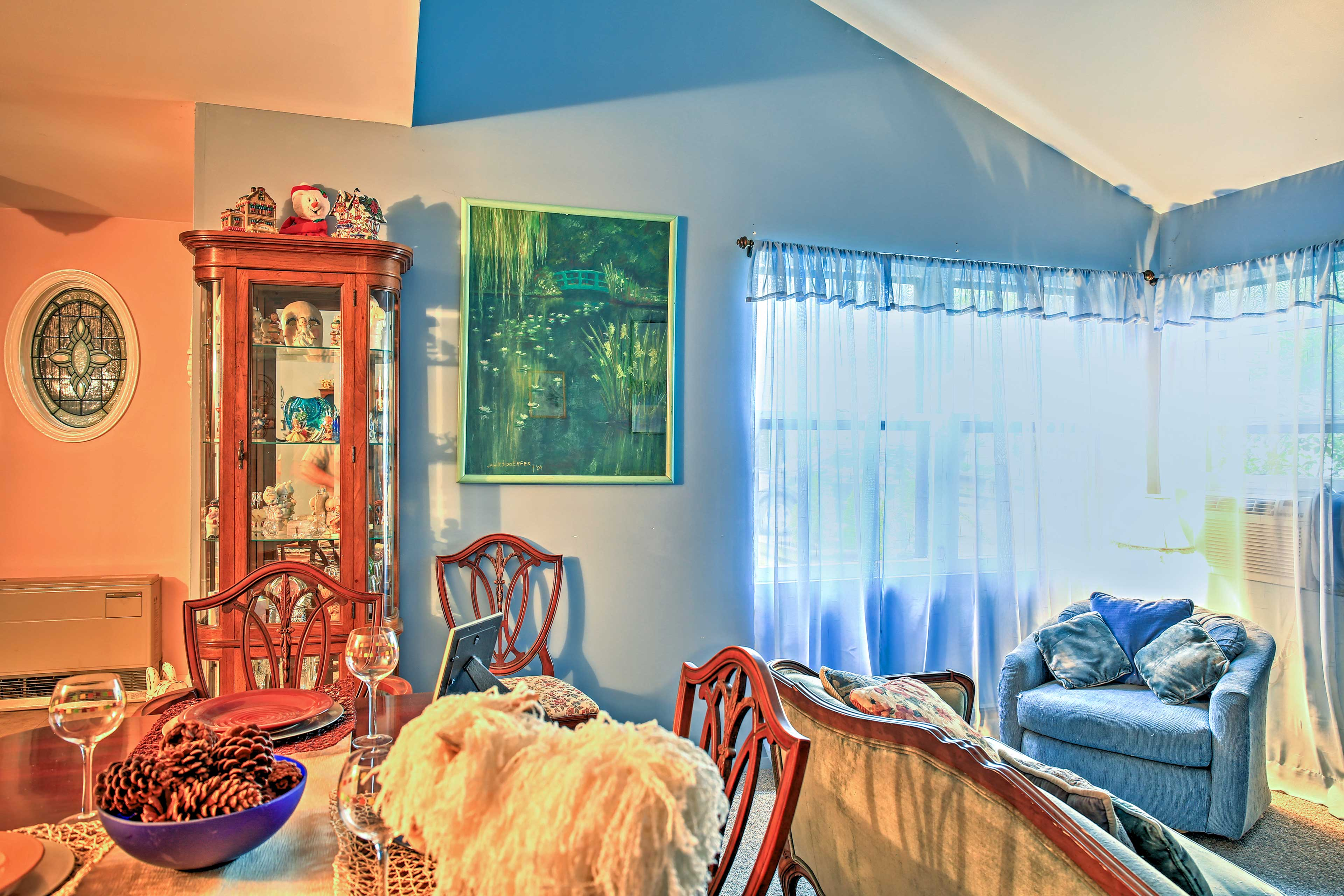 Through the front door you'll feel right at home, welcomed by friendly decor and delightful collectibles.