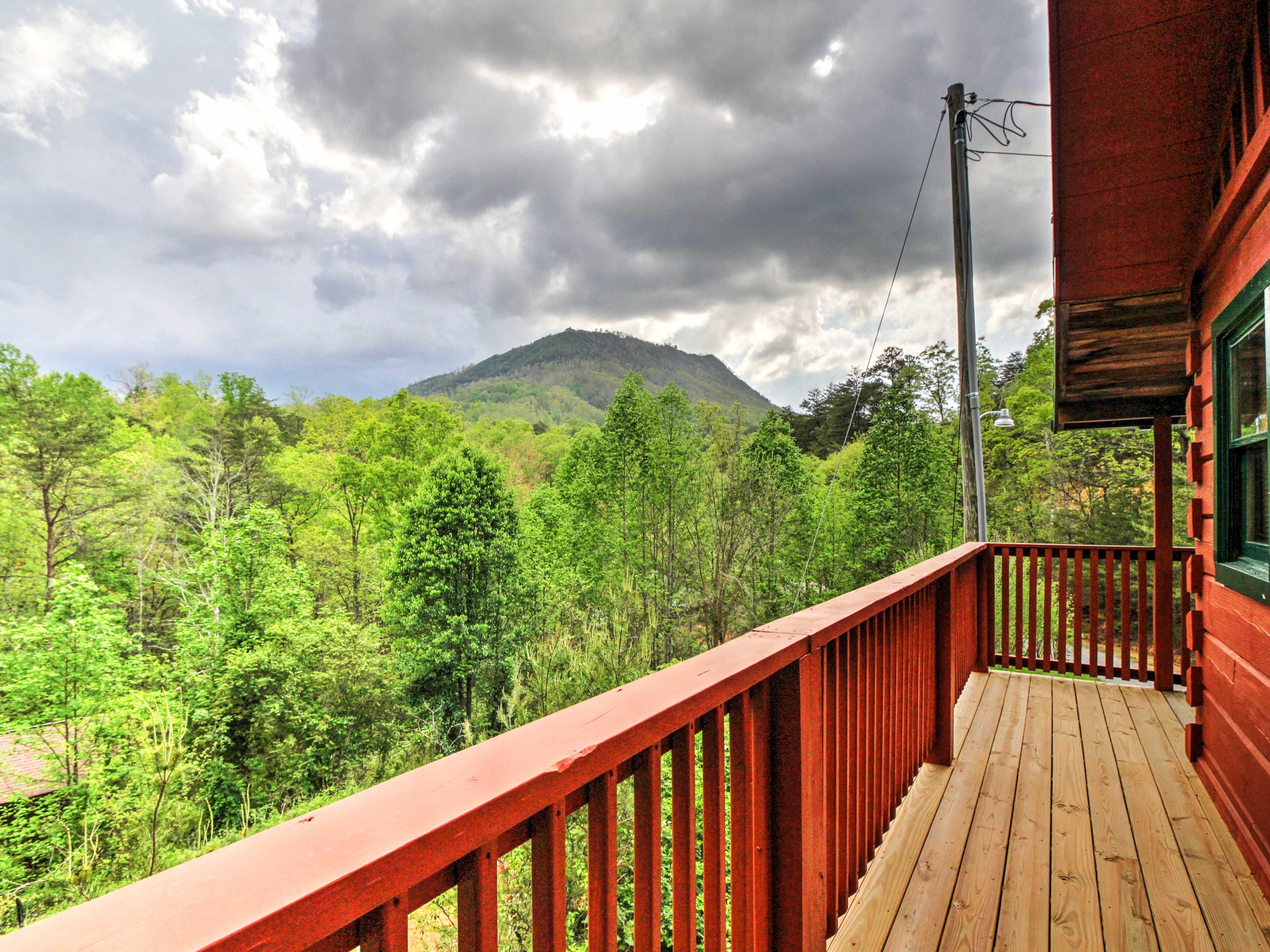 Endless outdoor recreation awaits just minutes away.