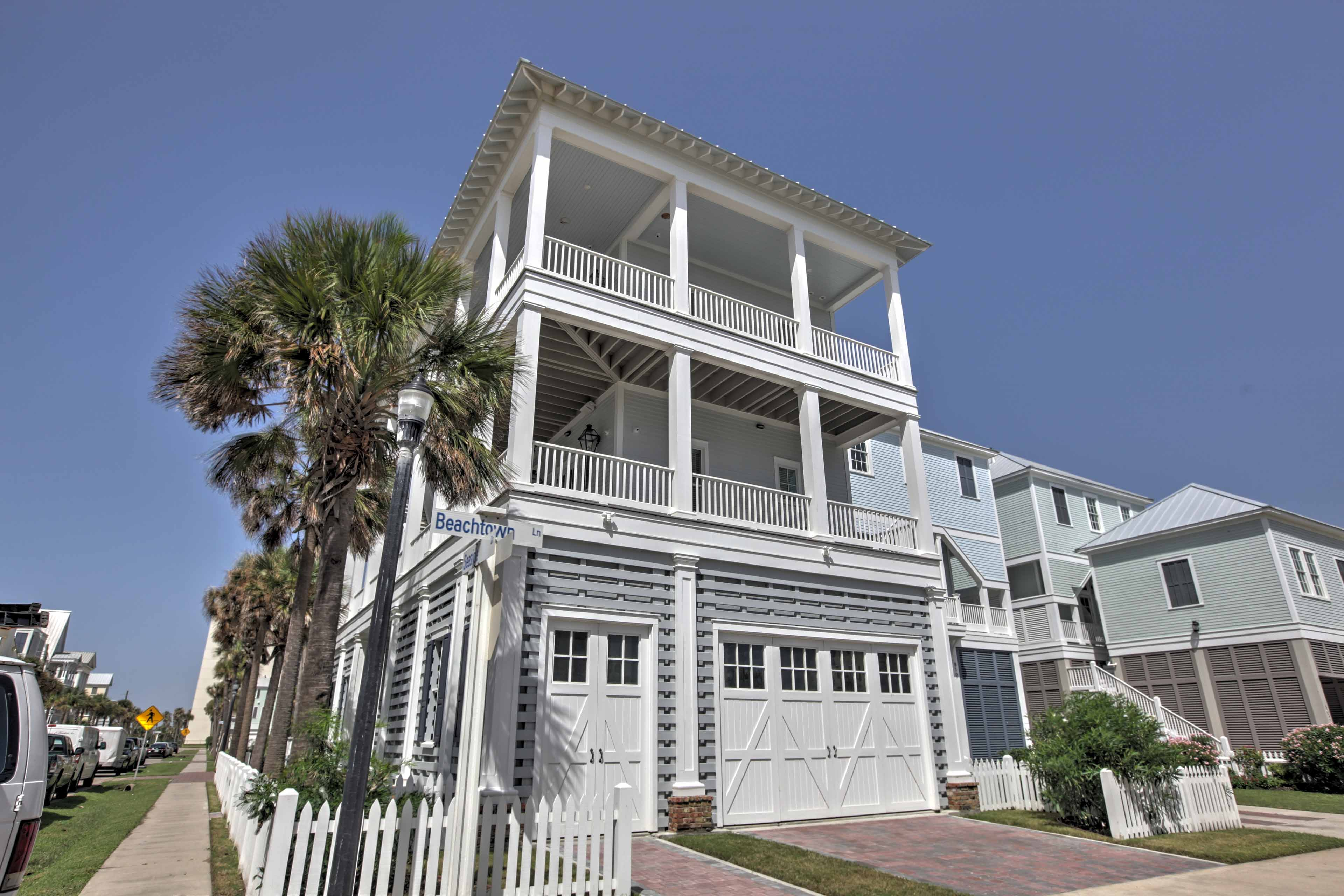 The home was constructed in 2016 and displays architecture from Galveston's historic past.