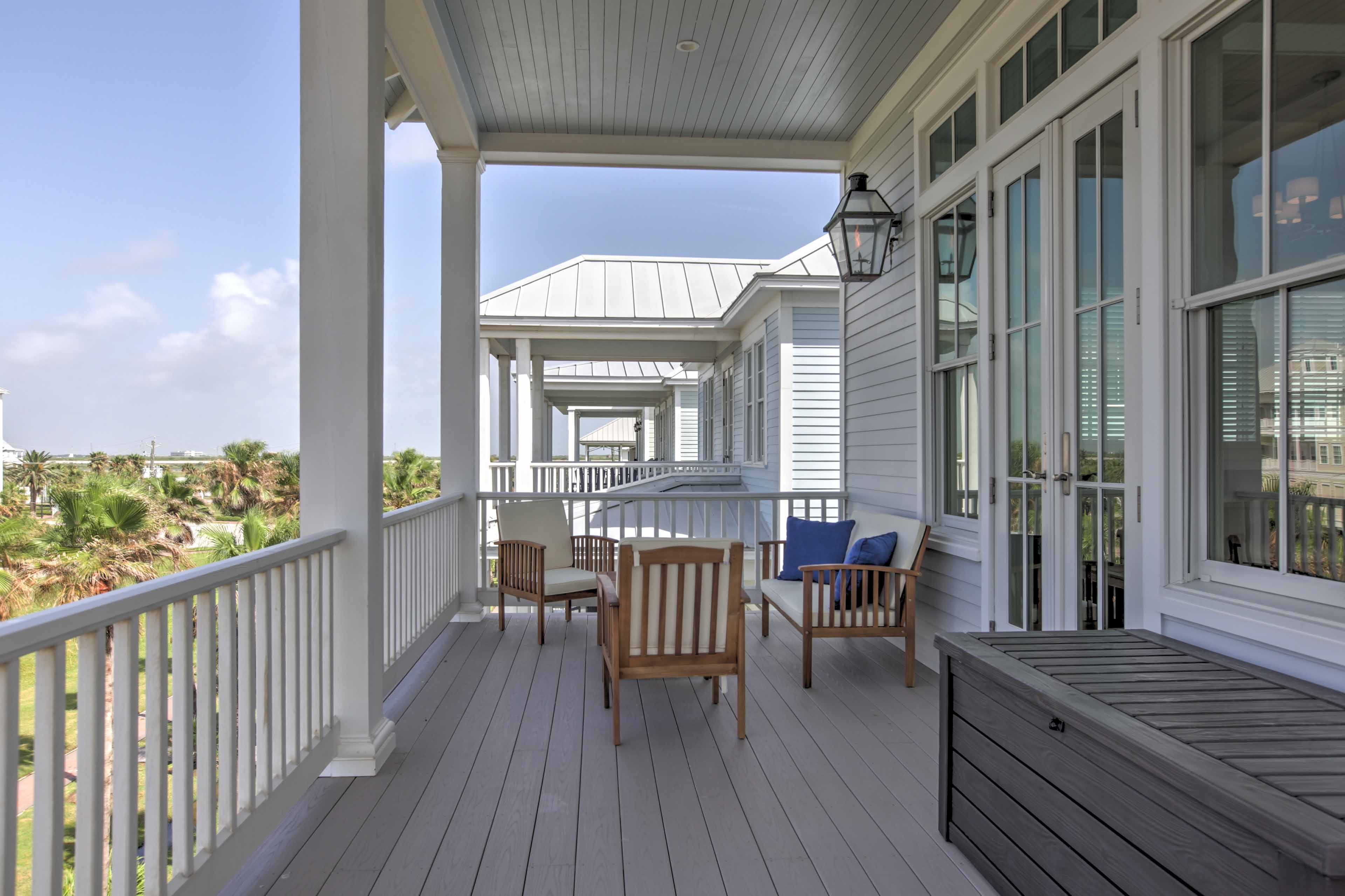 Feel the sea breeze while you relax on the balcony.
