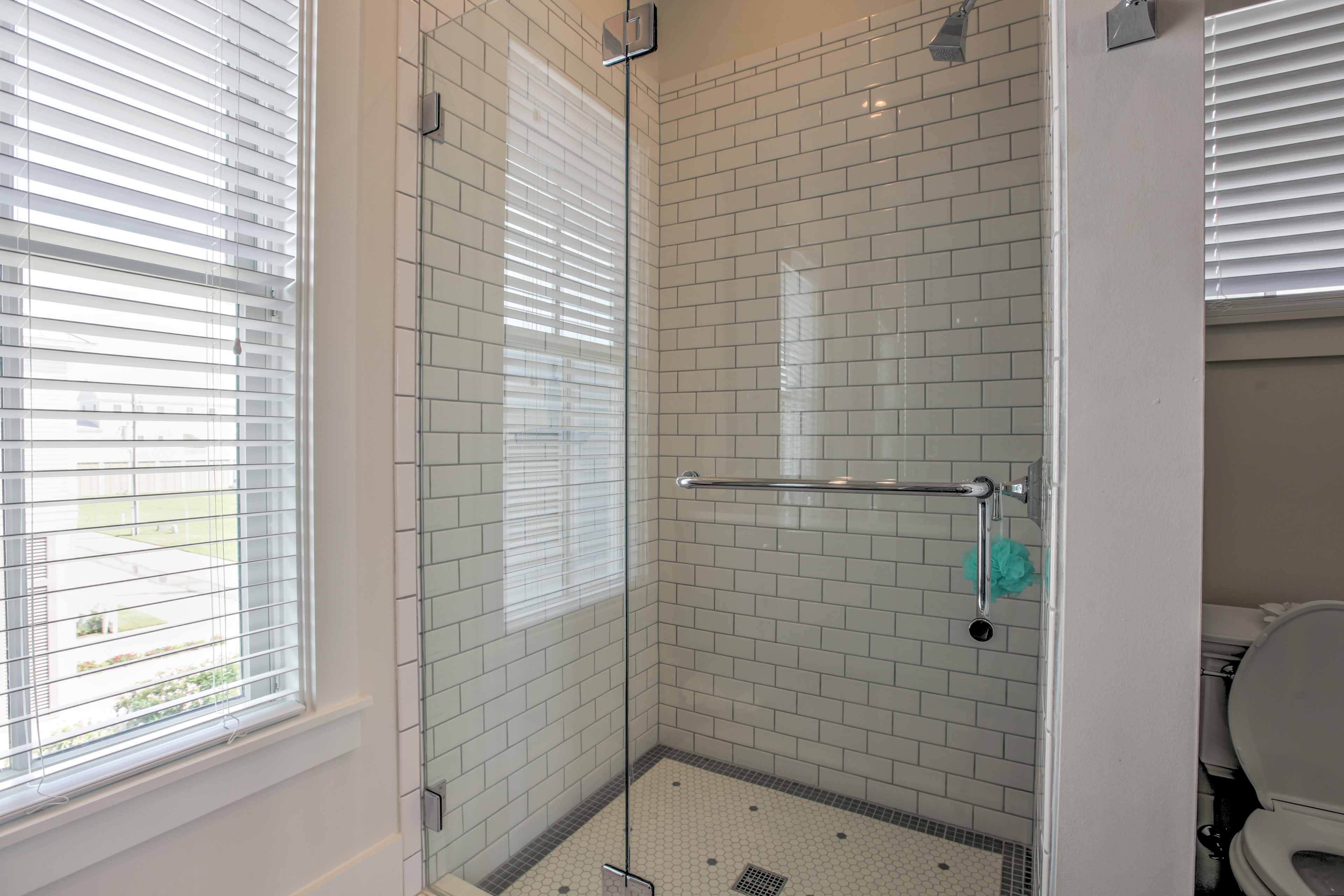 The en-suite also boasts a walk-in glass shower.