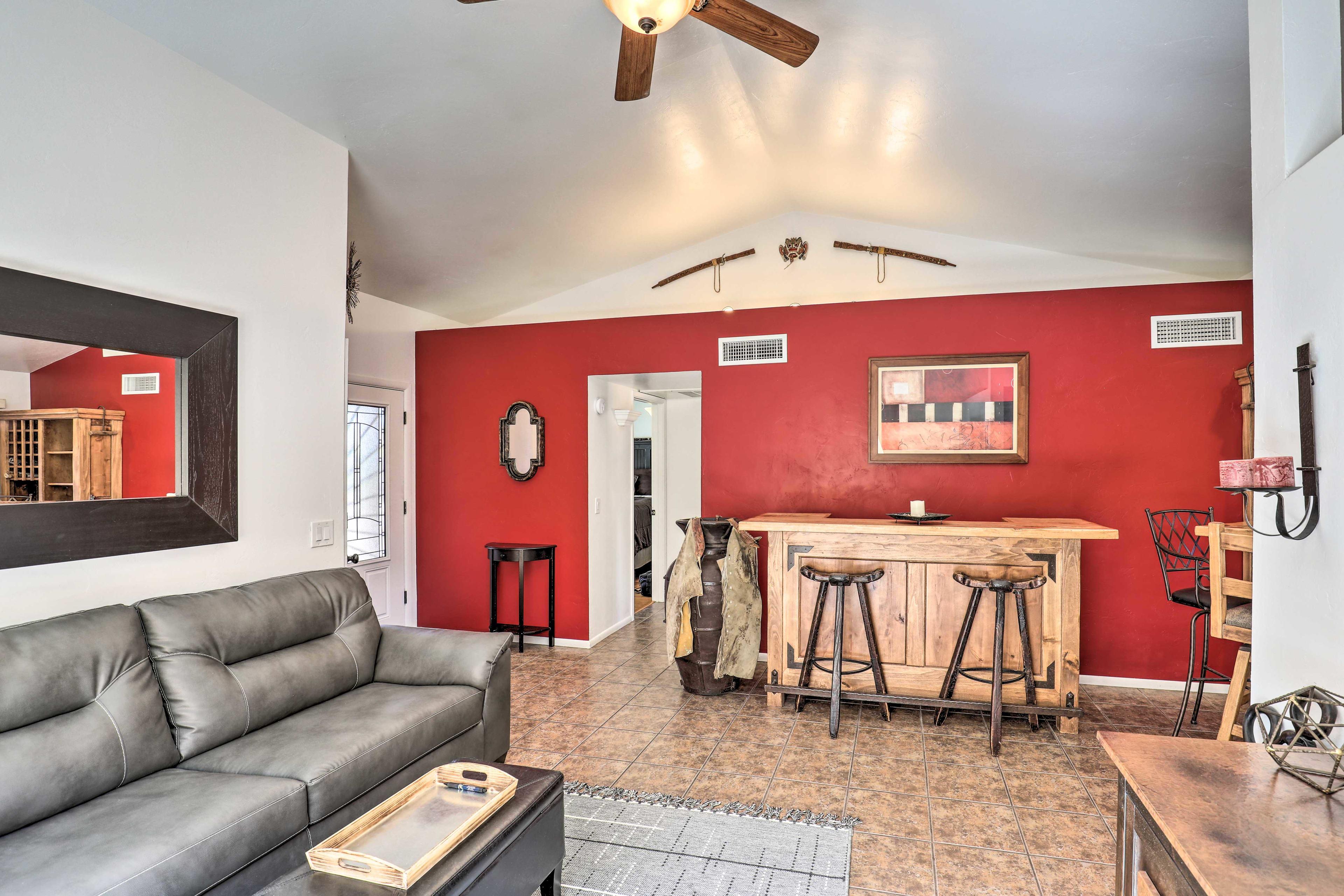 Living Room | Sectional Sofa