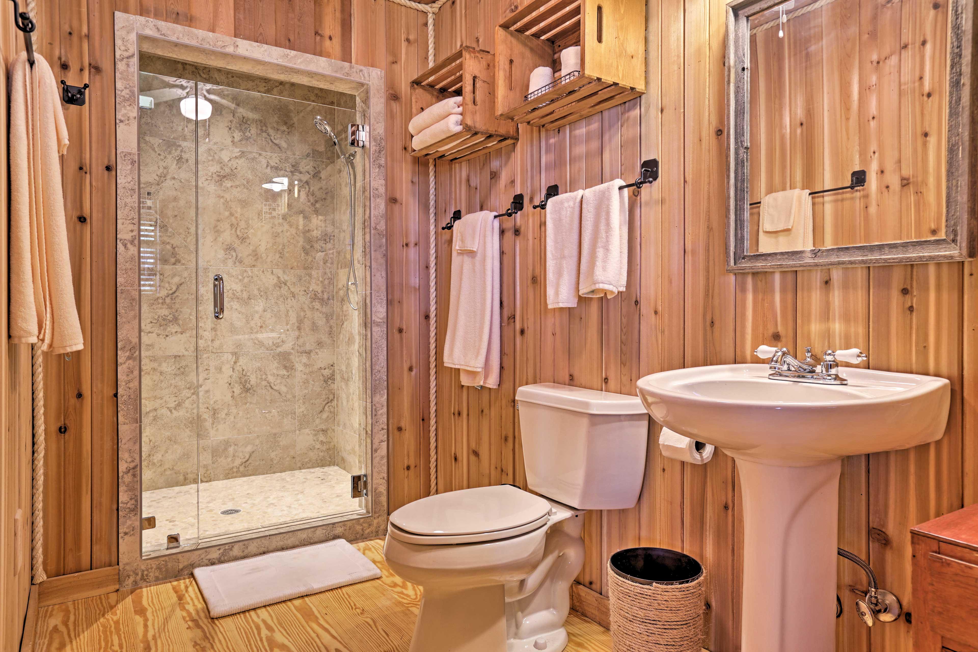 The home boasts 2 full bathrooms.