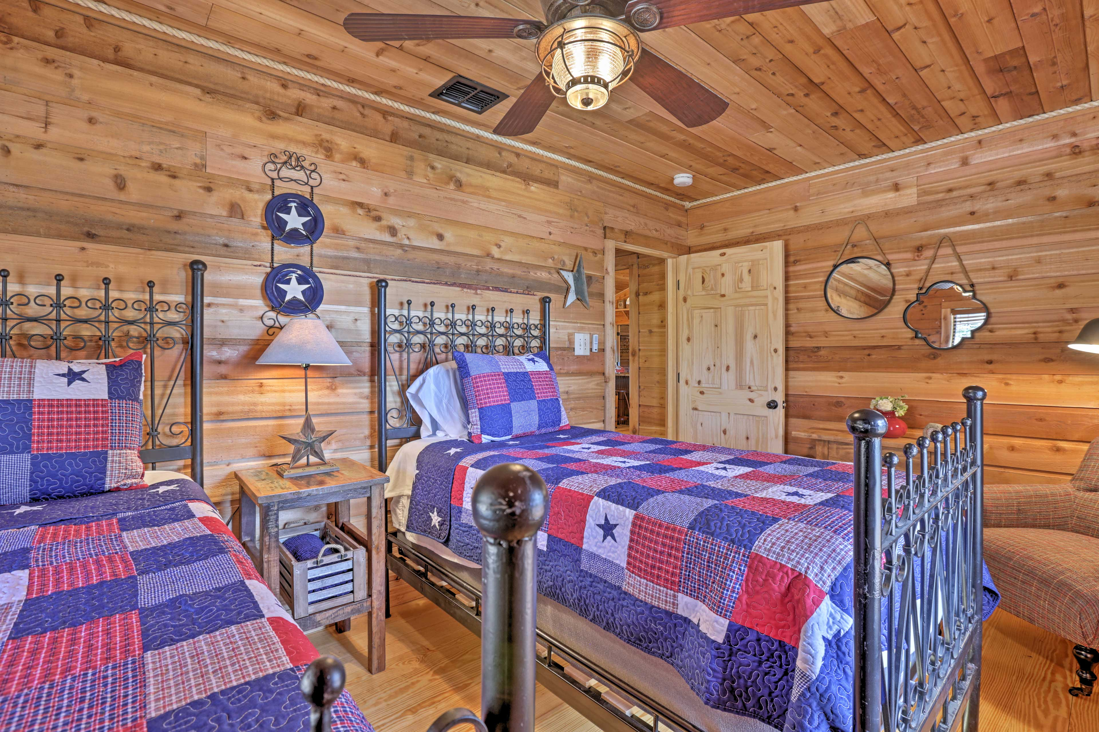 There's a set of twin-sized beds in the third bedroom.