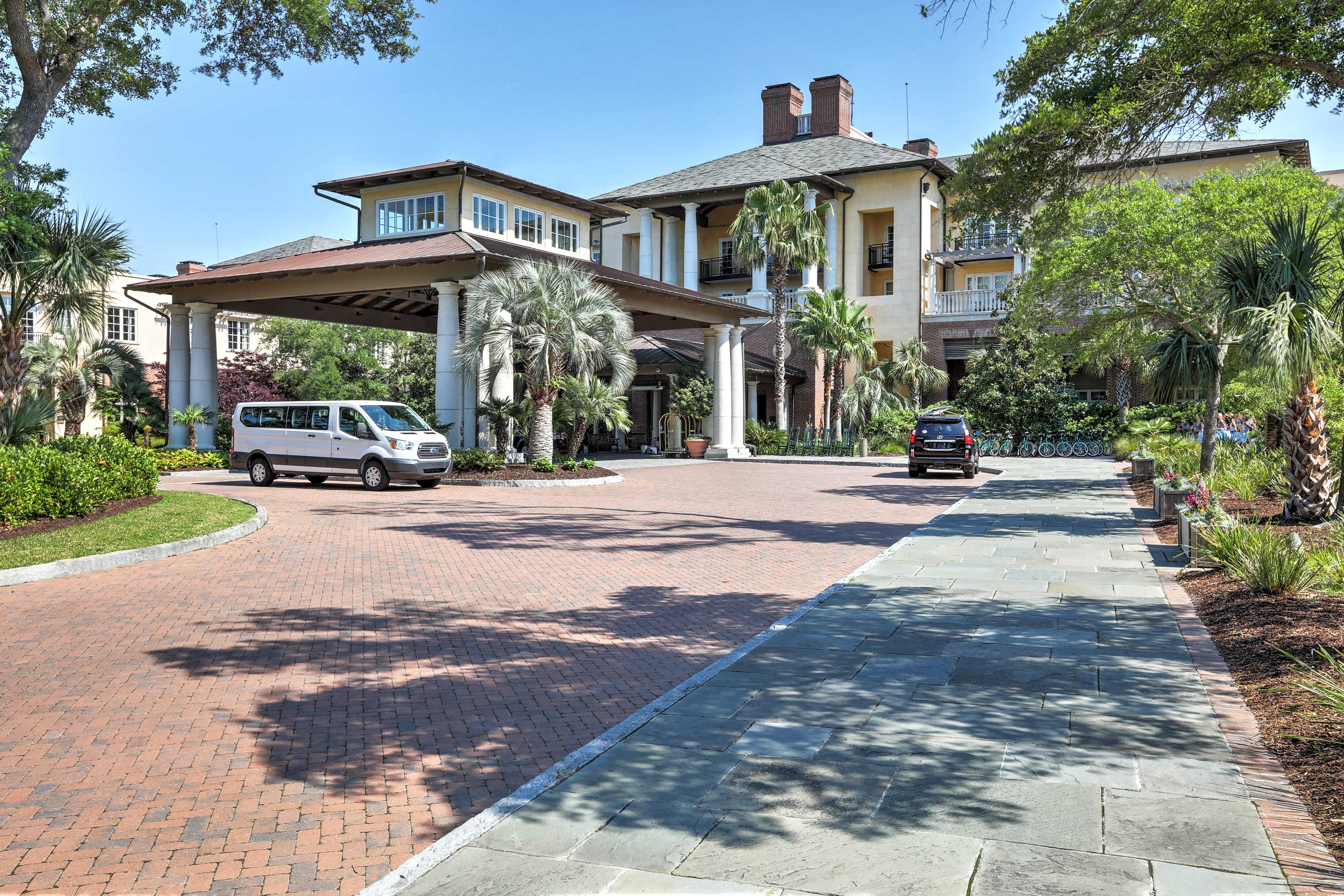 Book this beautiful vacation rental condo for the ultimate S.C. getaway!