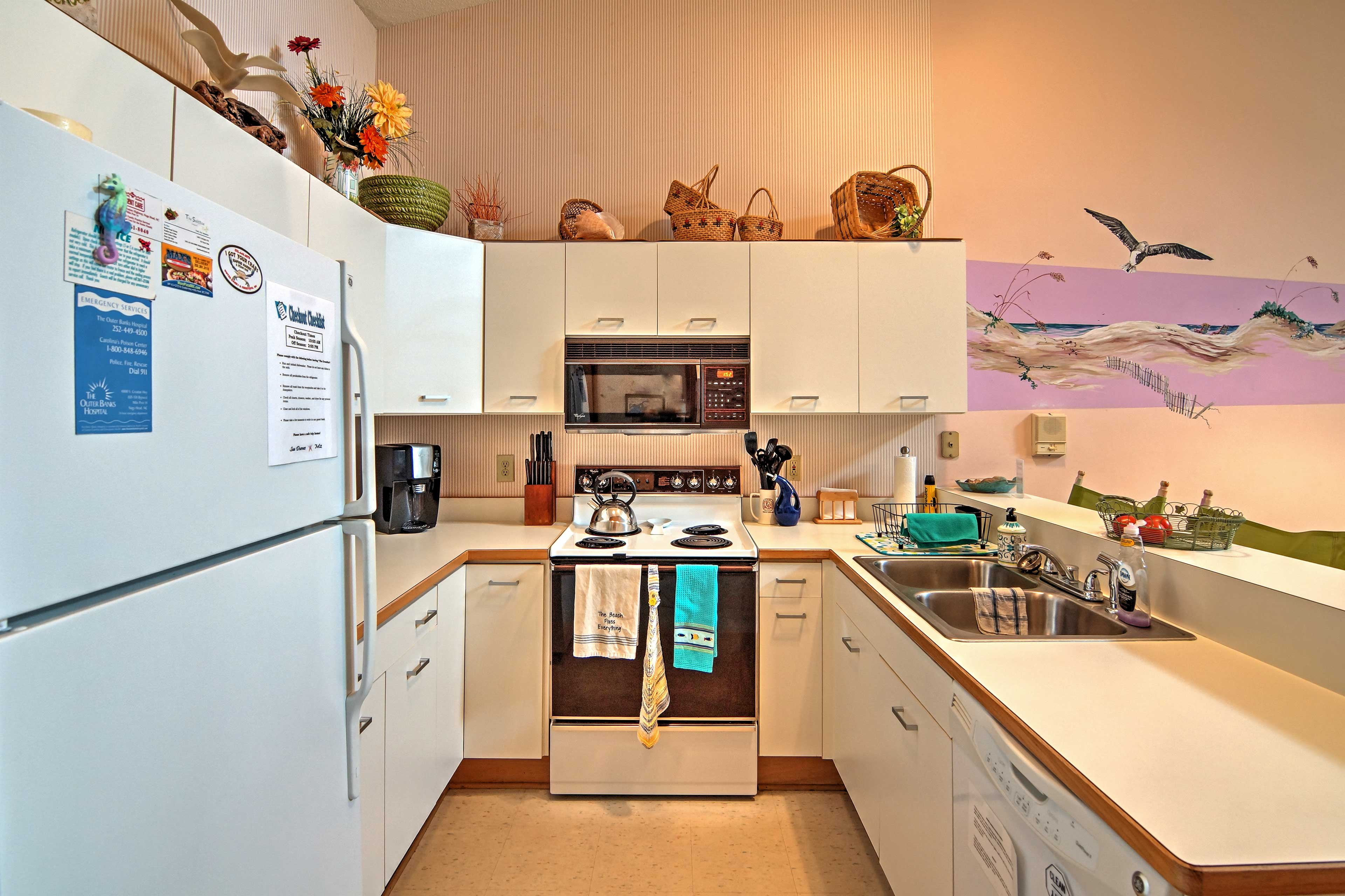 Whip up tasty home-cooked goods in the well-equipped kitchen.