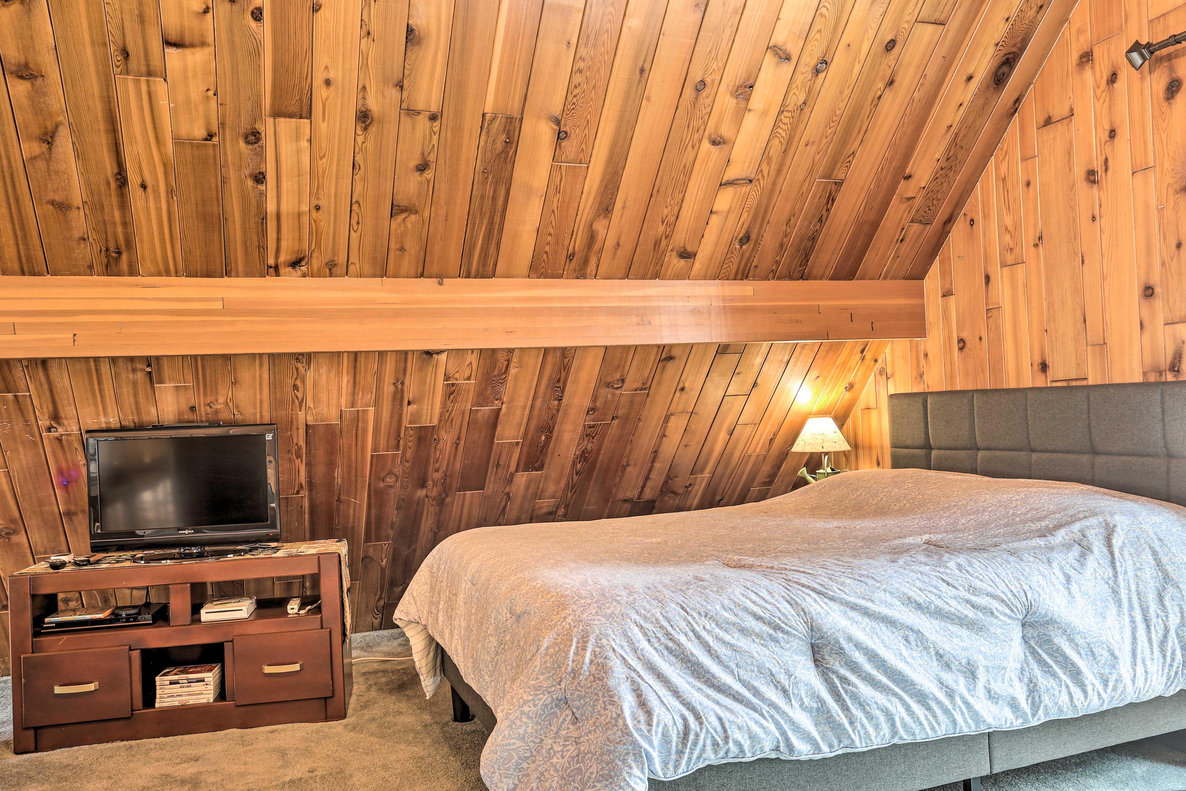 Loft   Queen Bed   King Bed