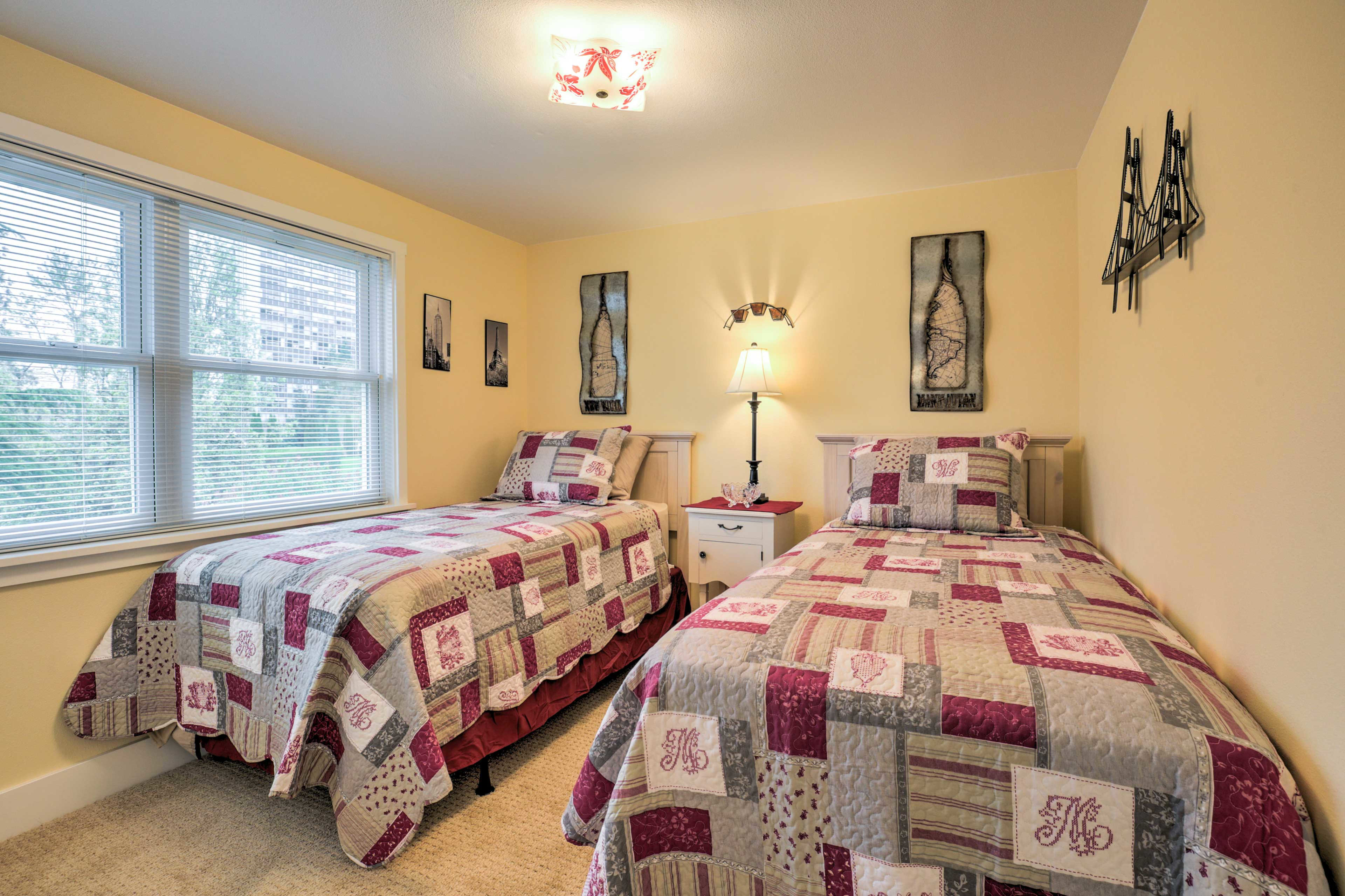 2 twin beds make this room perfect for families traveling with young kids.