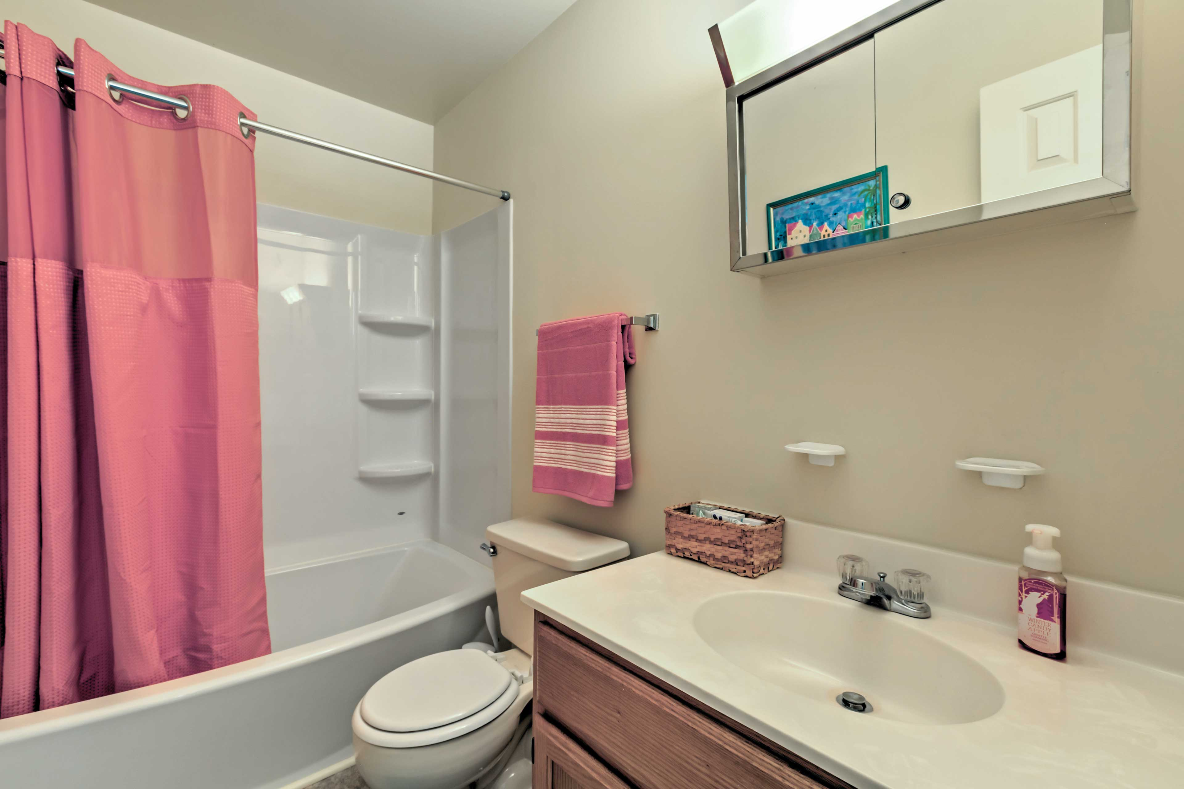 Freshen up in this tub/shower combo.