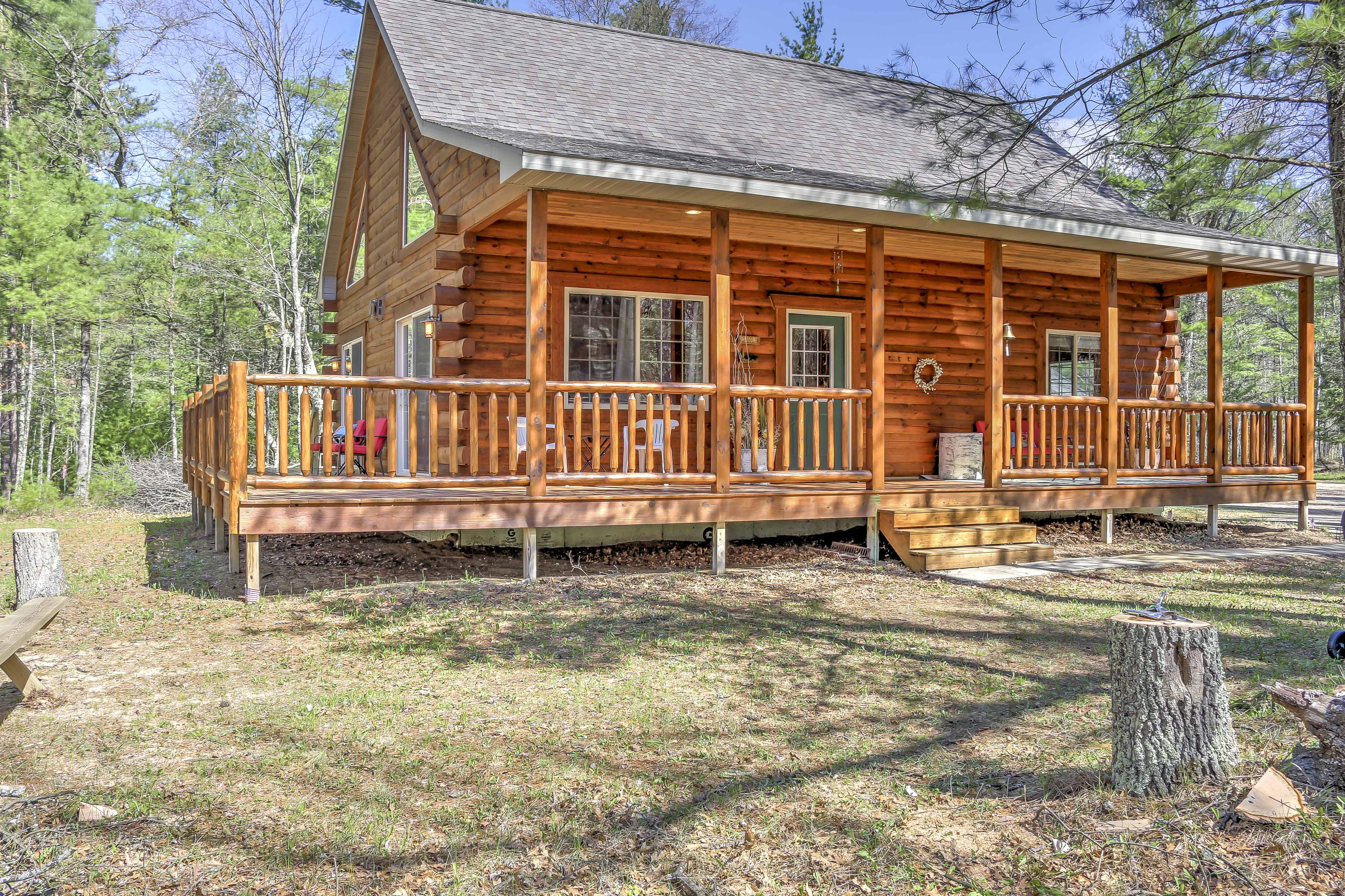 Plan your next escape to Wausaukee at this 3-bedroom, 1.5 bath vacation rental