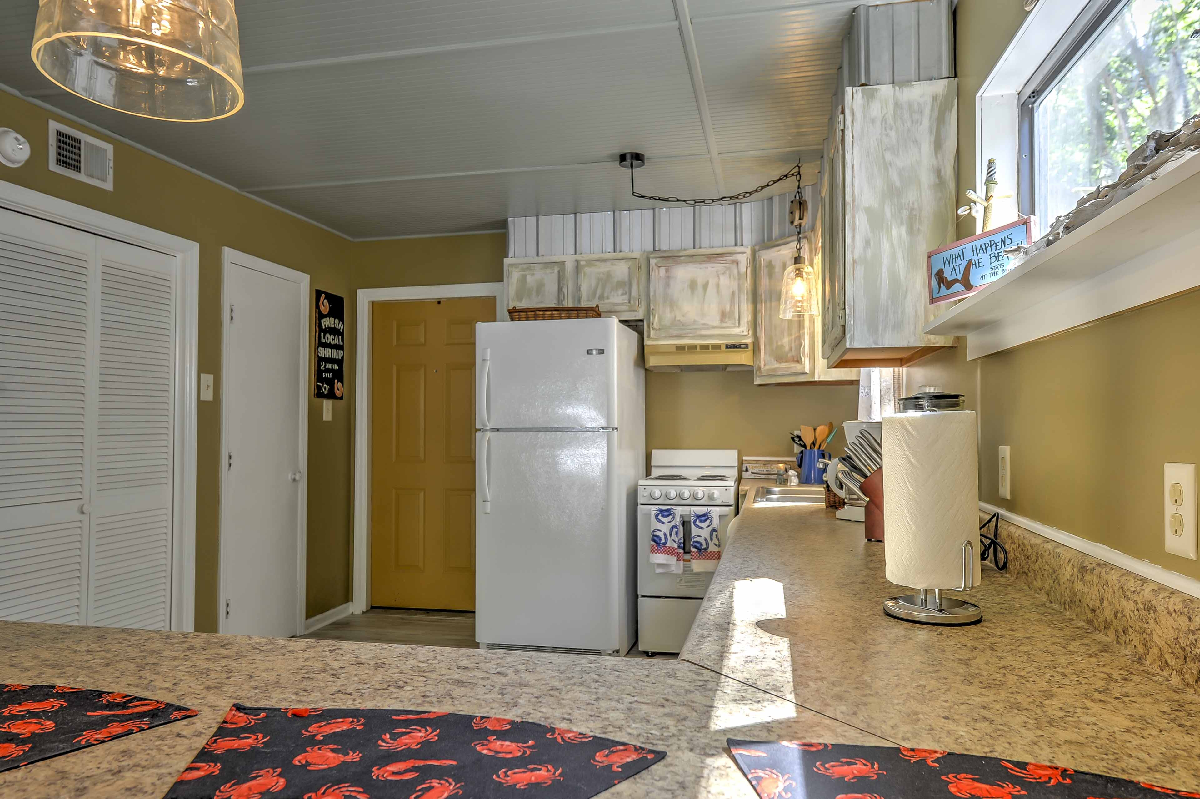 The fully equipped kitchen allows you to whip up your favorite family recipes.