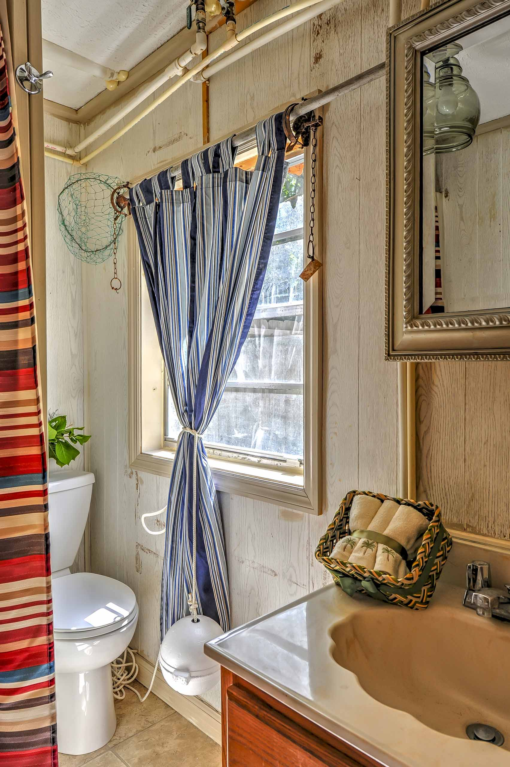 You'll be treated to lavish amenities in the third bathroom