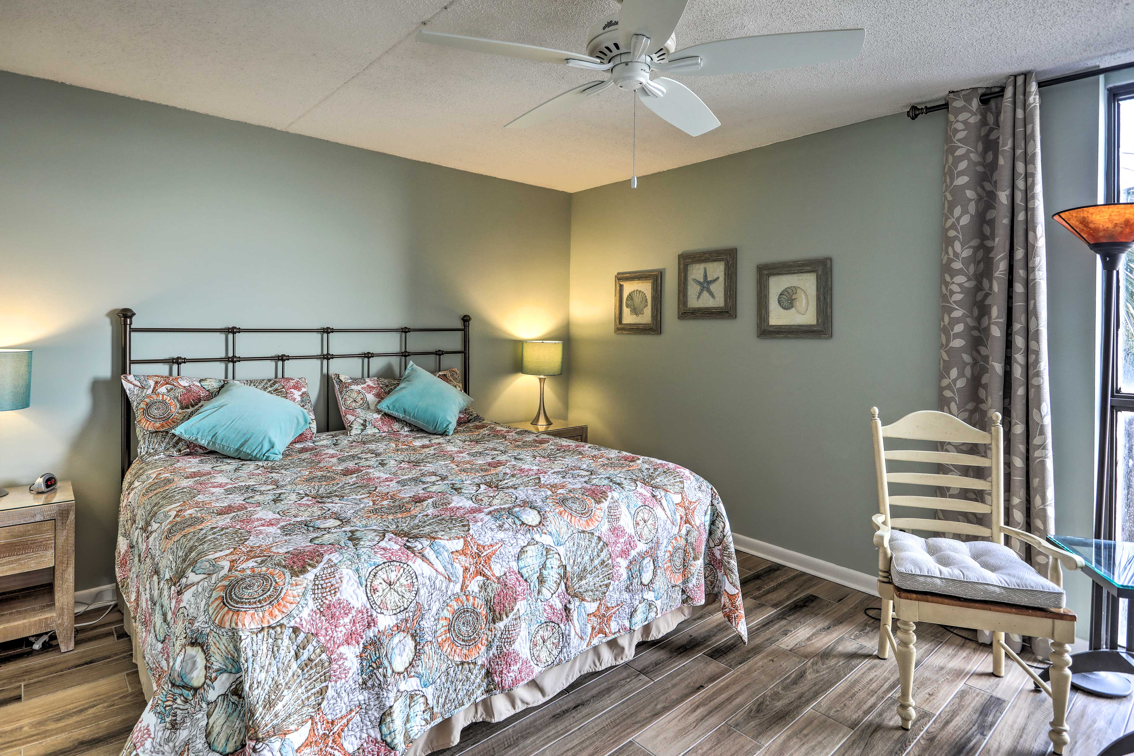 The master bedroom offers a king bed that will ensure peaceful slumbers.