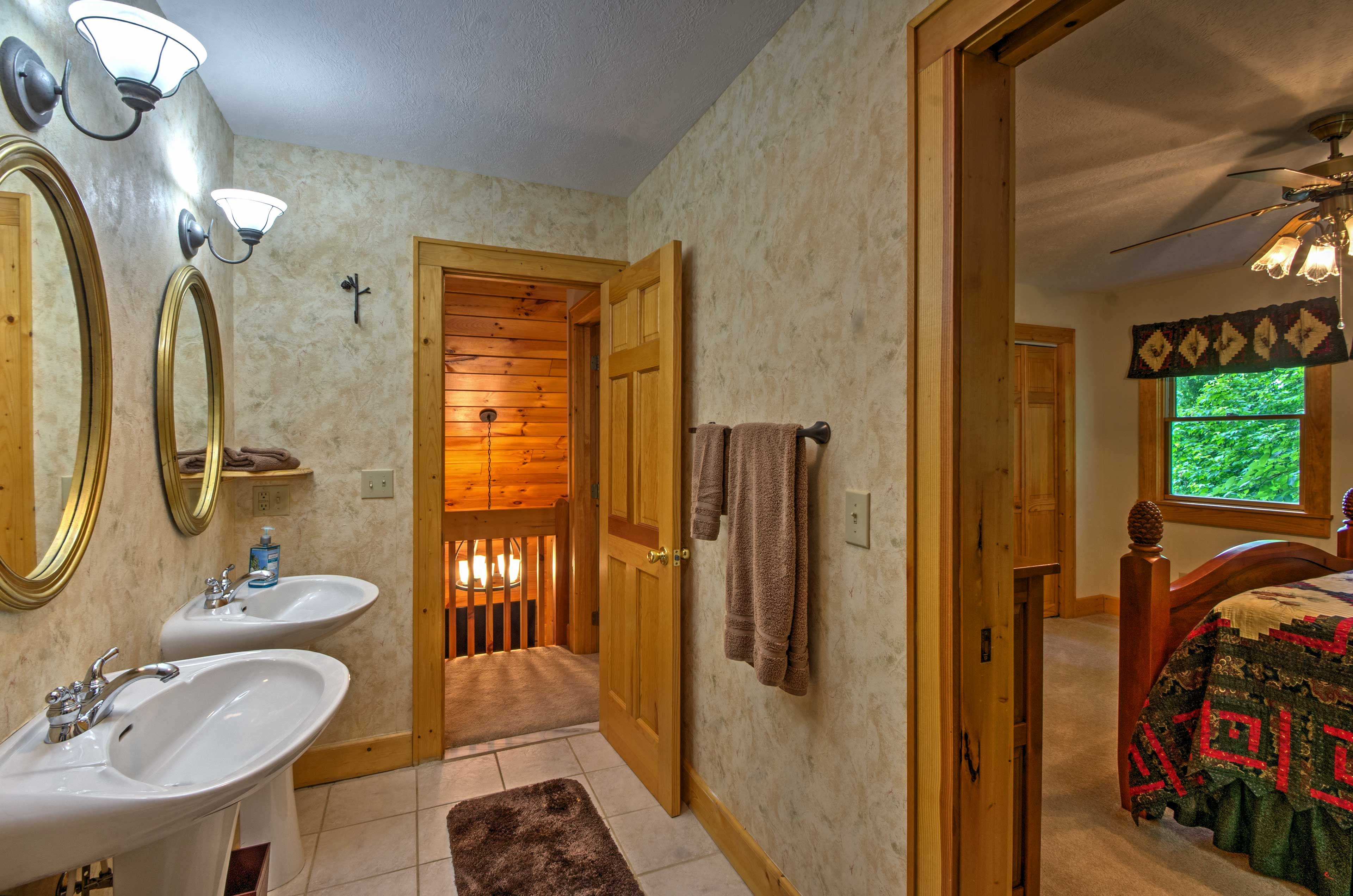There are 2.5 bathrooms in the cabin.