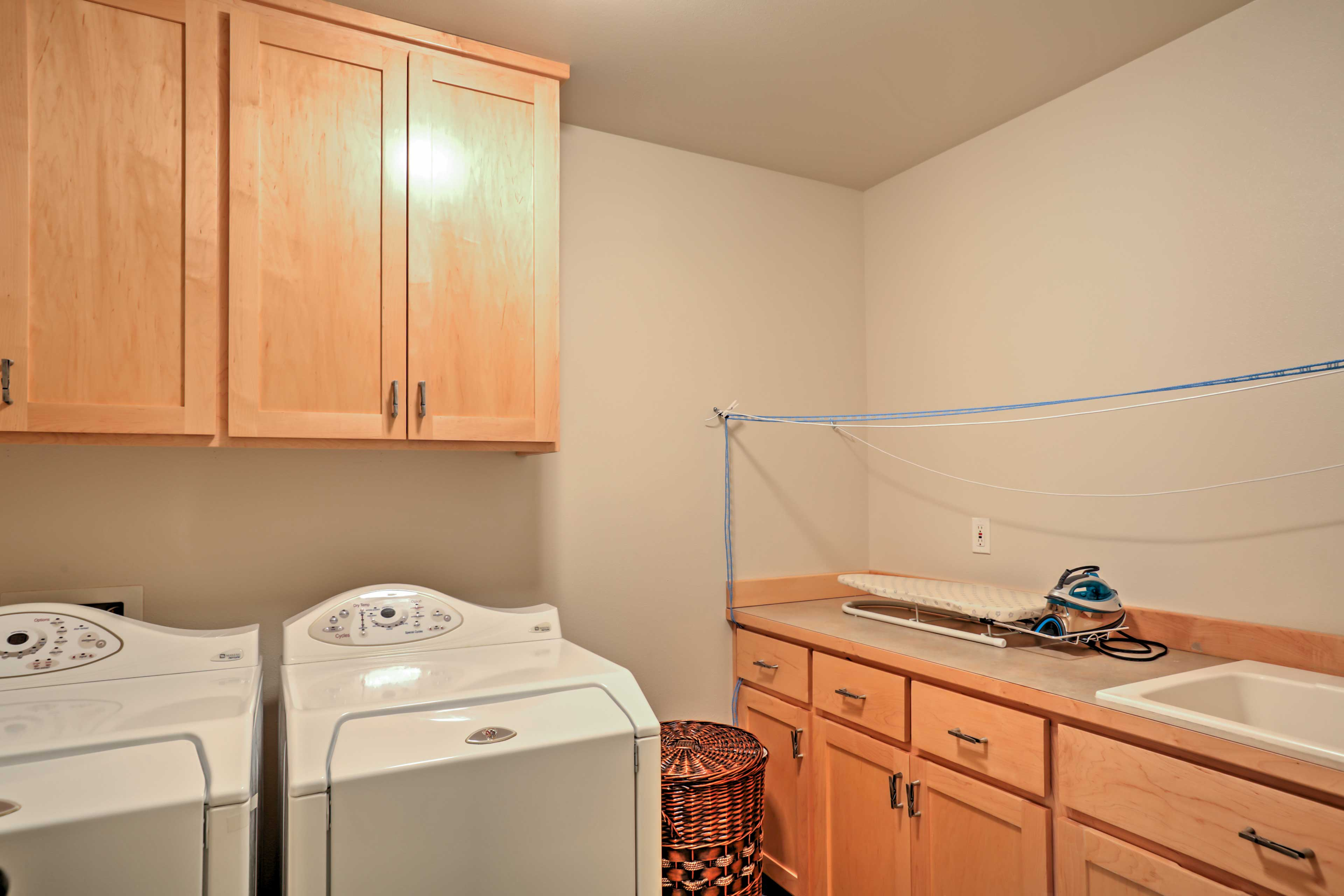 Keep your clothes fresh by utilizing the in-unit laundry machines.