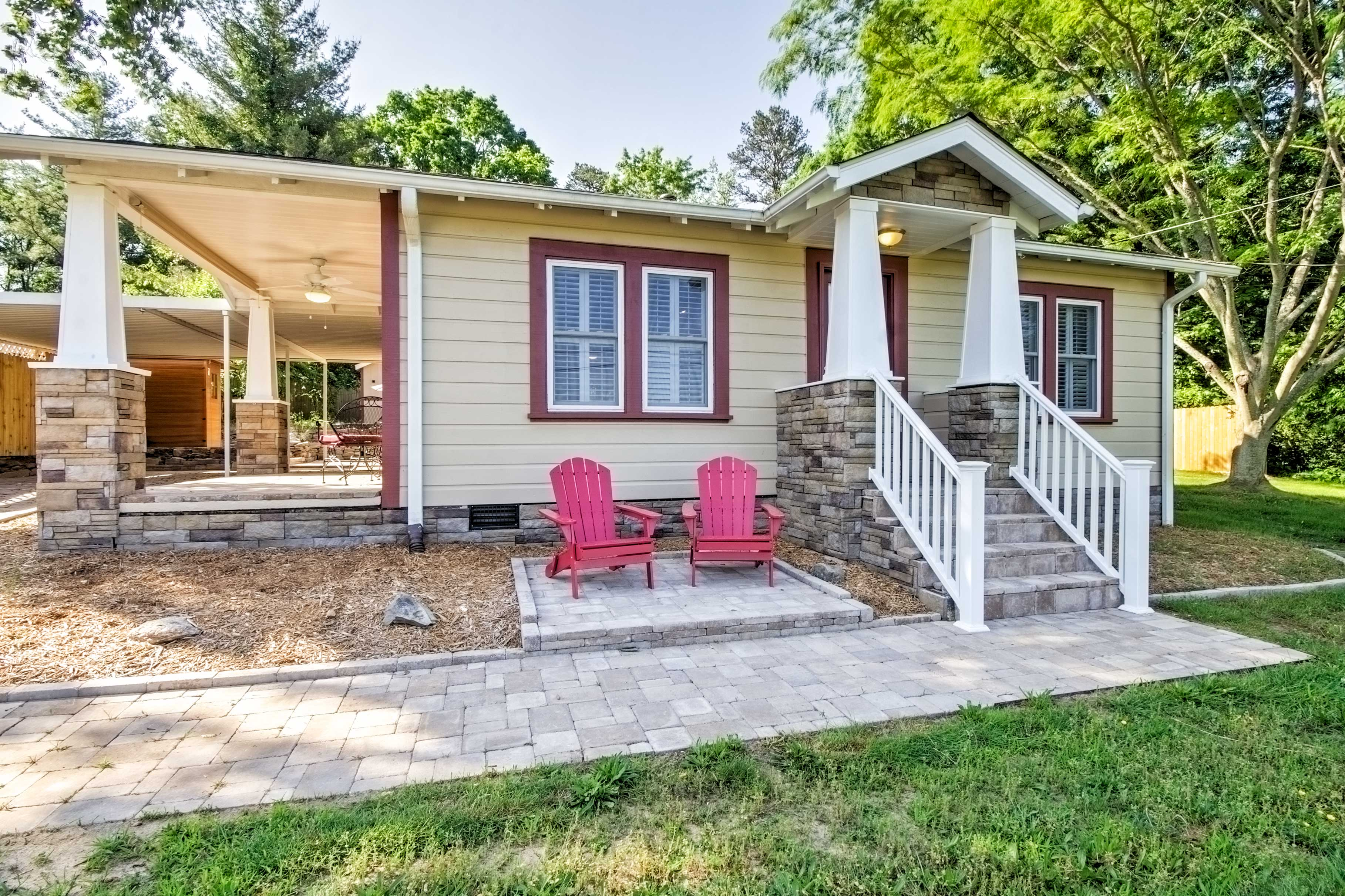 Enjoy the ultimate home-away-from-home experience at this fully restored 1-bedroom, 2-bathroom Swannanoa vacation rental cottage!